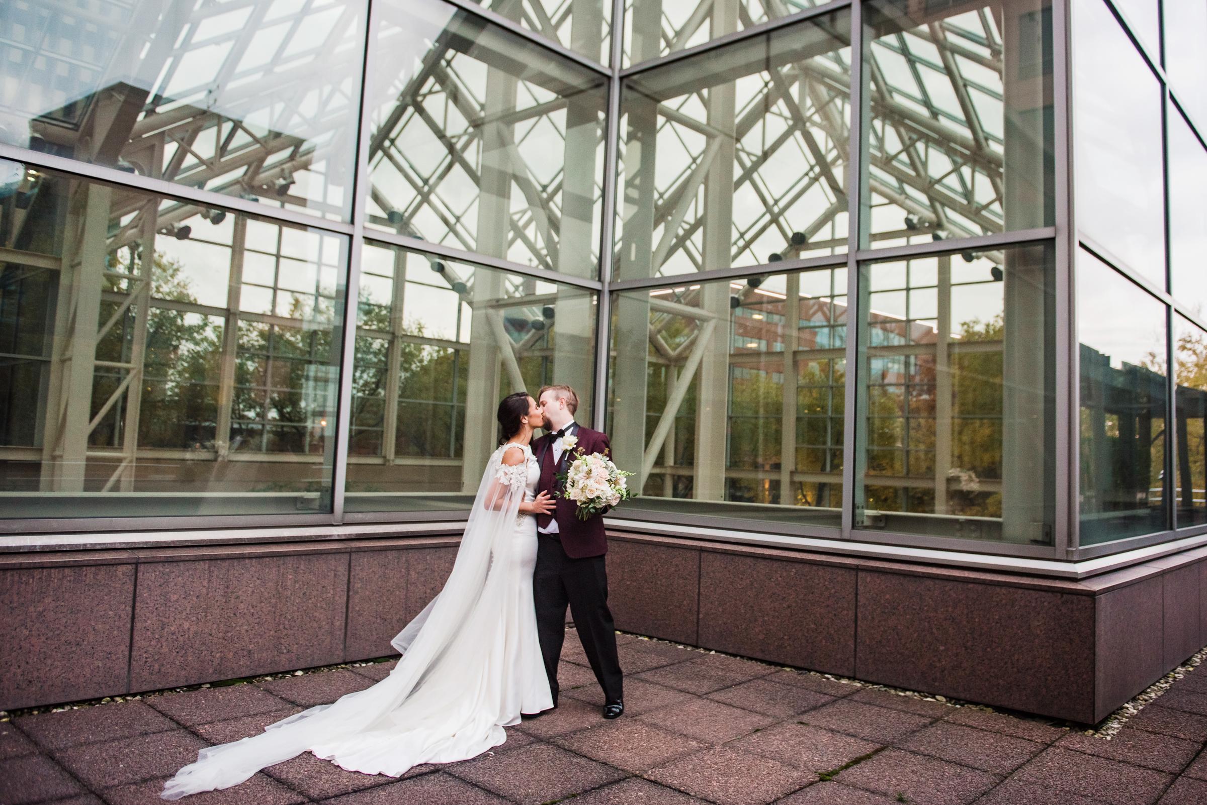Wintergarden_by_Monroes_Rochester_Wedding_JILL_STUDIO_Rochester_NY_Photographer_174907.jpg