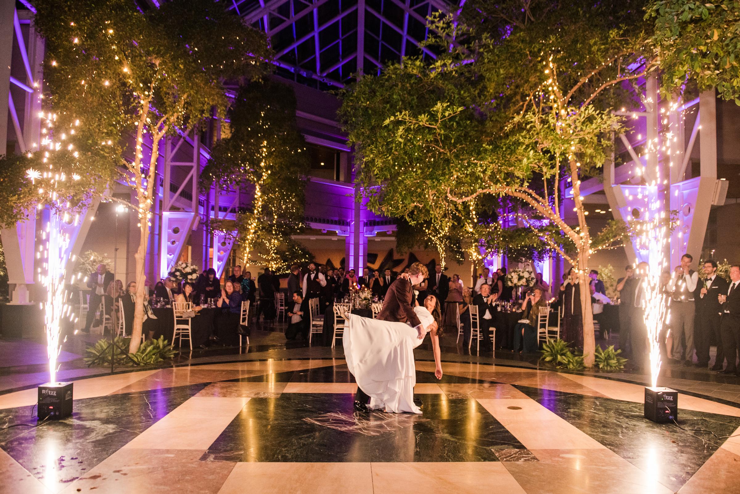 Wintergarden_by_Monroes_Rochester_Wedding_JILL_STUDIO_Rochester_NY_Photographer_214610.jpg
