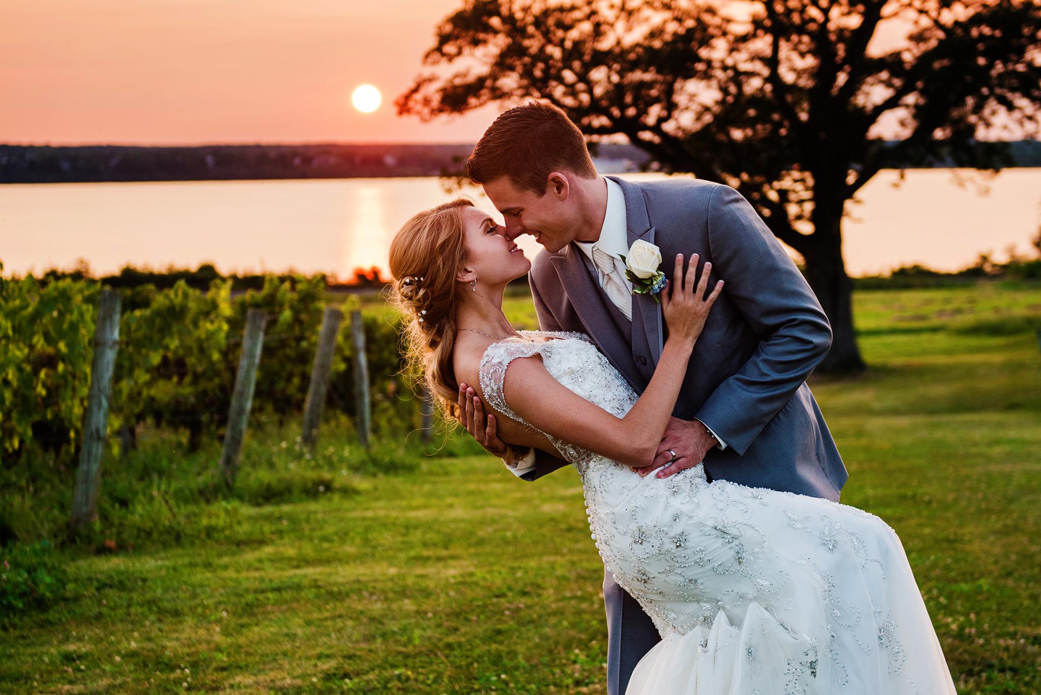 Ventosa_Vineyards_Finger_Lakes_Wedding_JILL_STUDIO