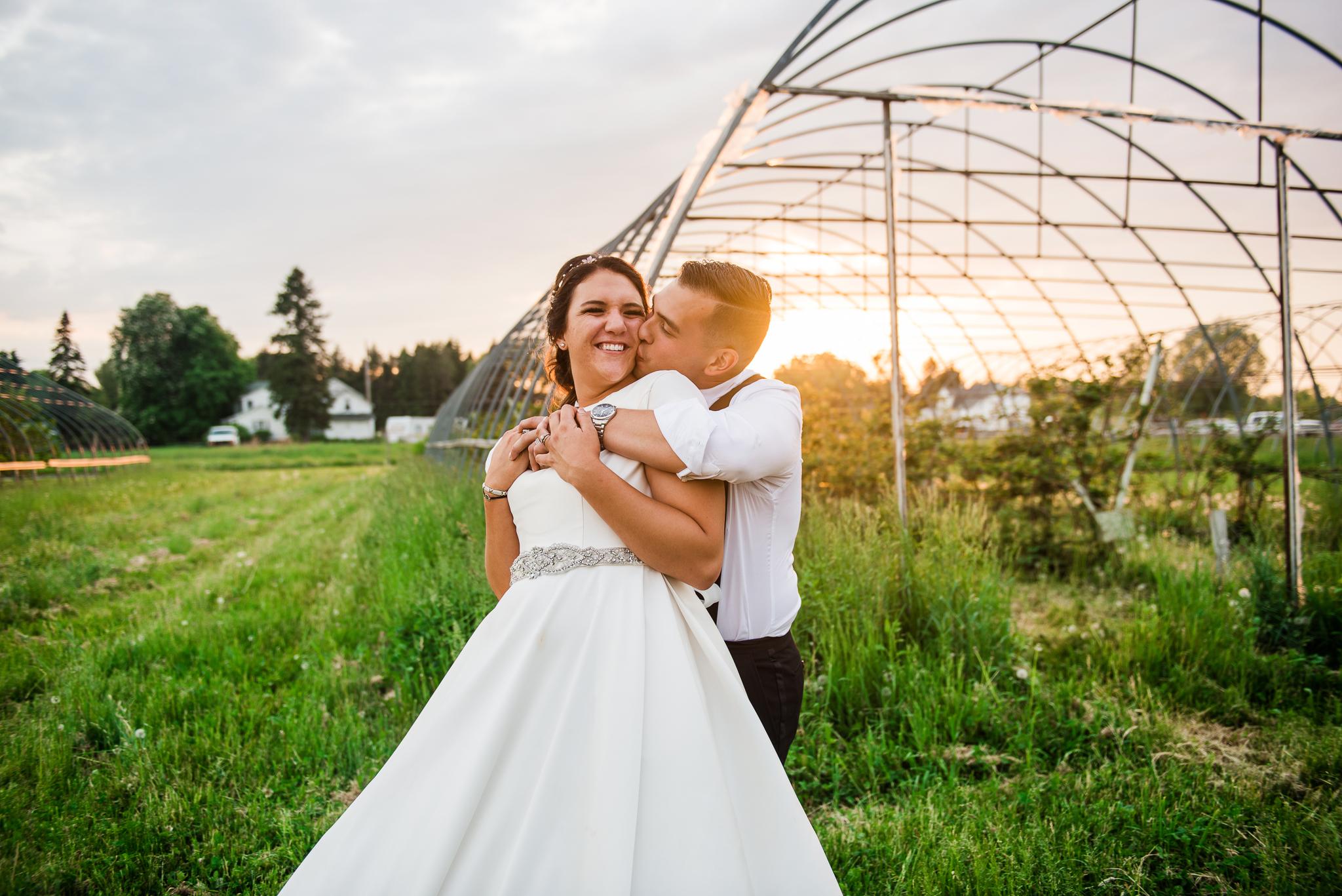 JILLSTUDIO_Blue_Barn_Cidery_Rochester_Wedding_Rochester_NY_Photographer_DSC_9006.jpg