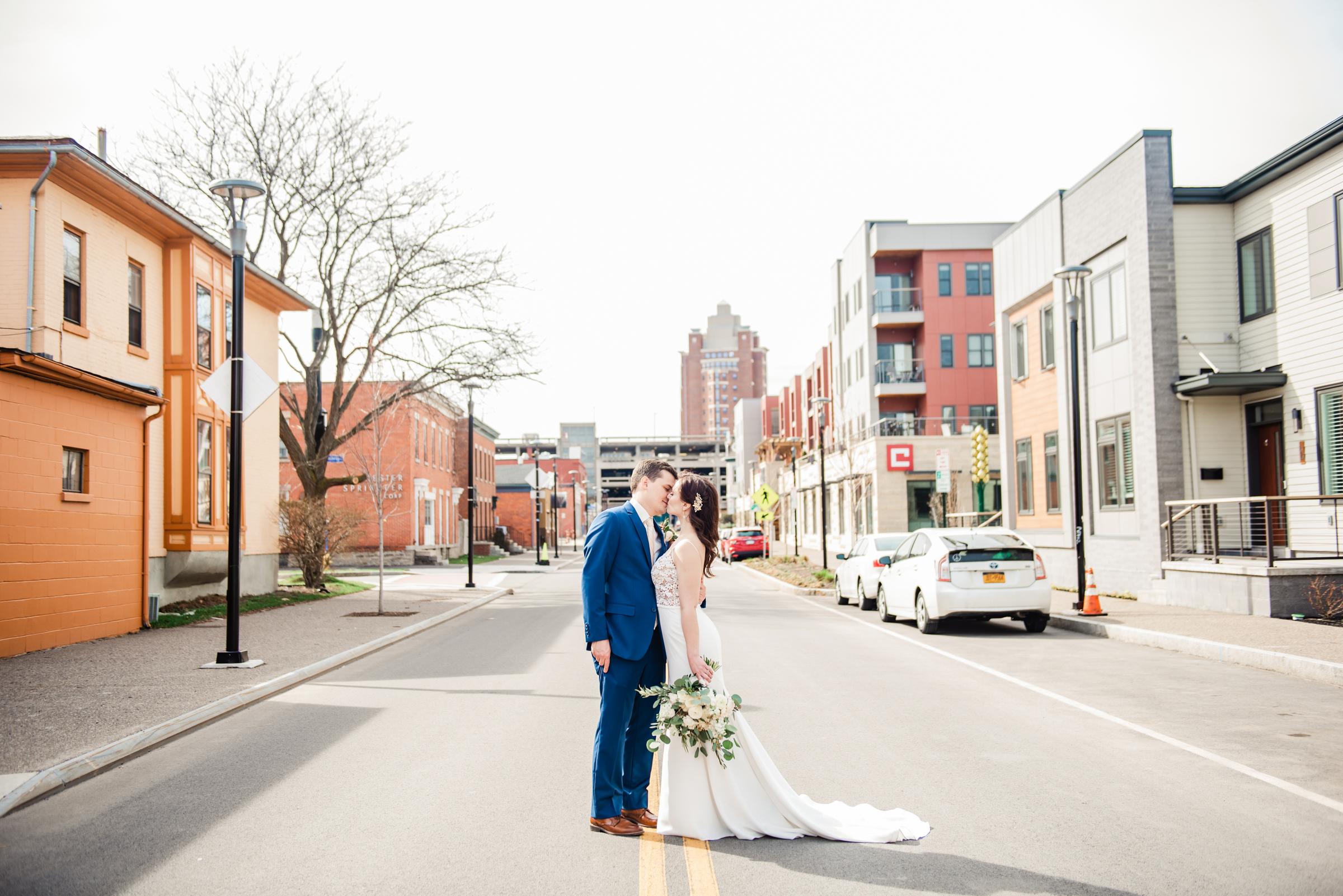 The_Arbor_LoftRochester_Wedding_JILL_STUDIO_Rochester_NY_Photographer_160049.jpg