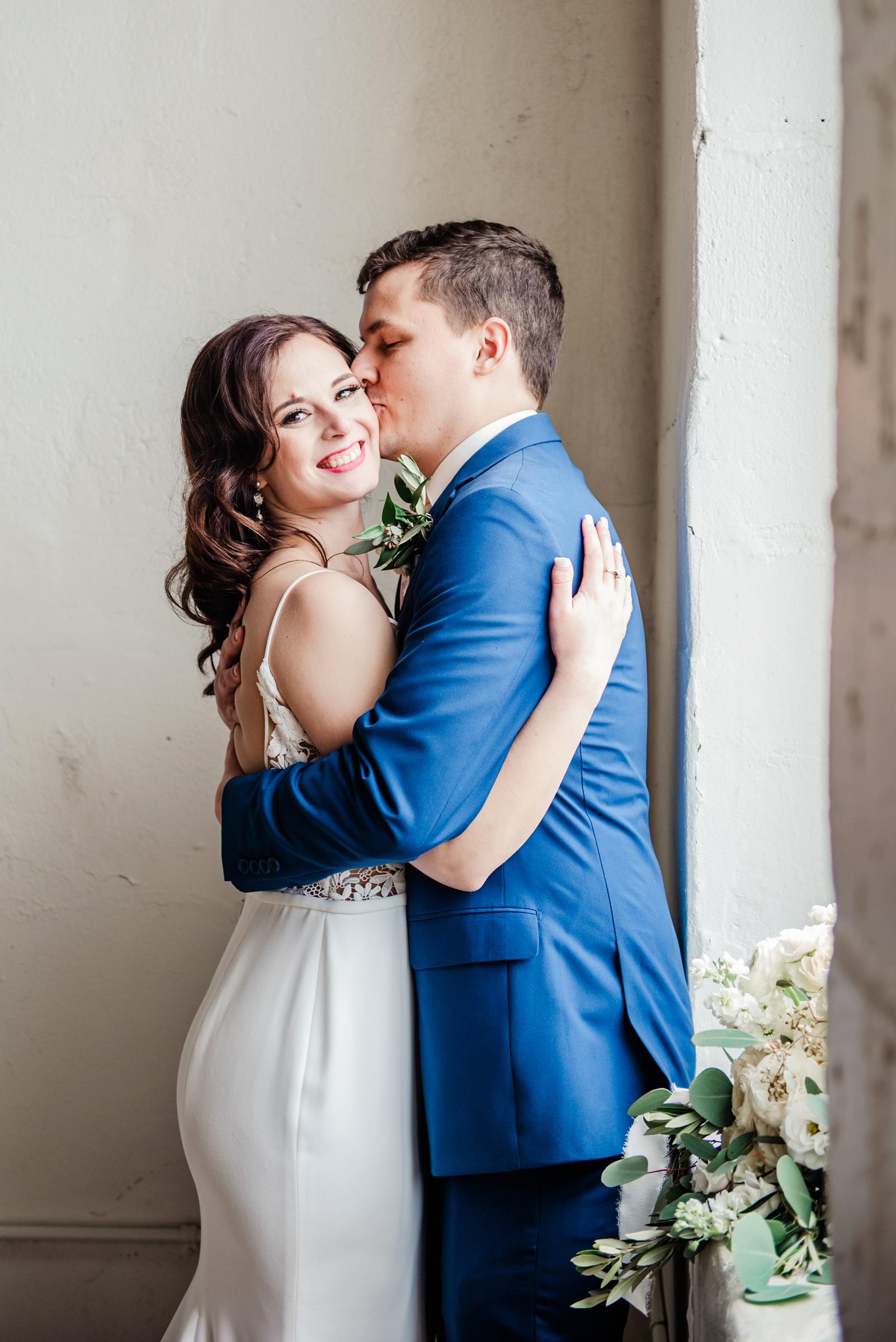 The_Arbor_LoftRochester_Wedding_JILL_STUDIO_Rochester_NY_Photographer_161417.jpg