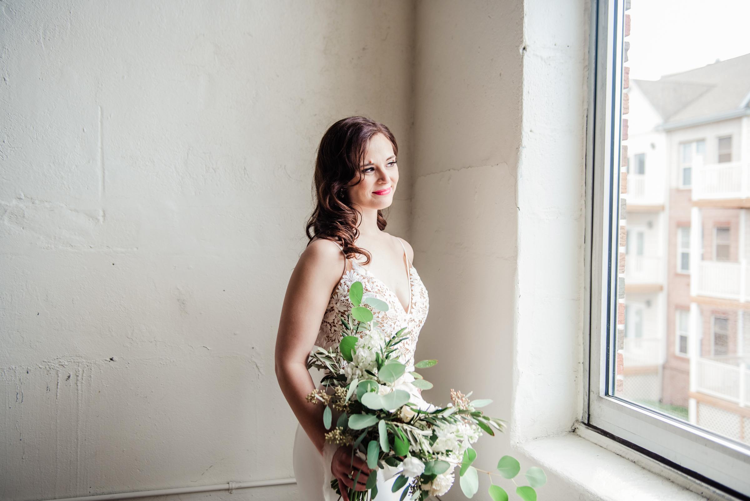 The_Arbor_LoftRochester_Wedding_JILL_STUDIO_Rochester_NY_Photographer_161521.jpg