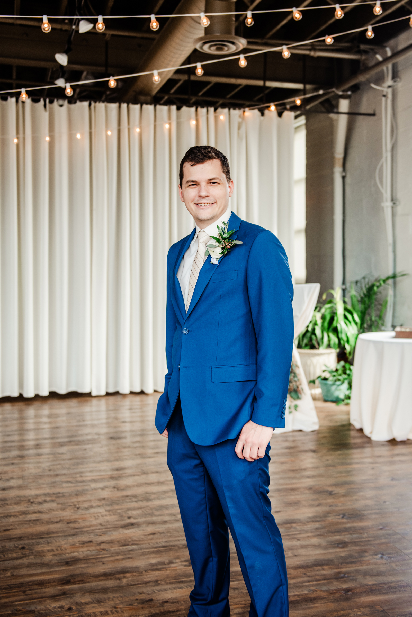 The_Arbor_LoftRochester_Wedding_JILL_STUDIO_Rochester_NY_Photographer_161544.jpg