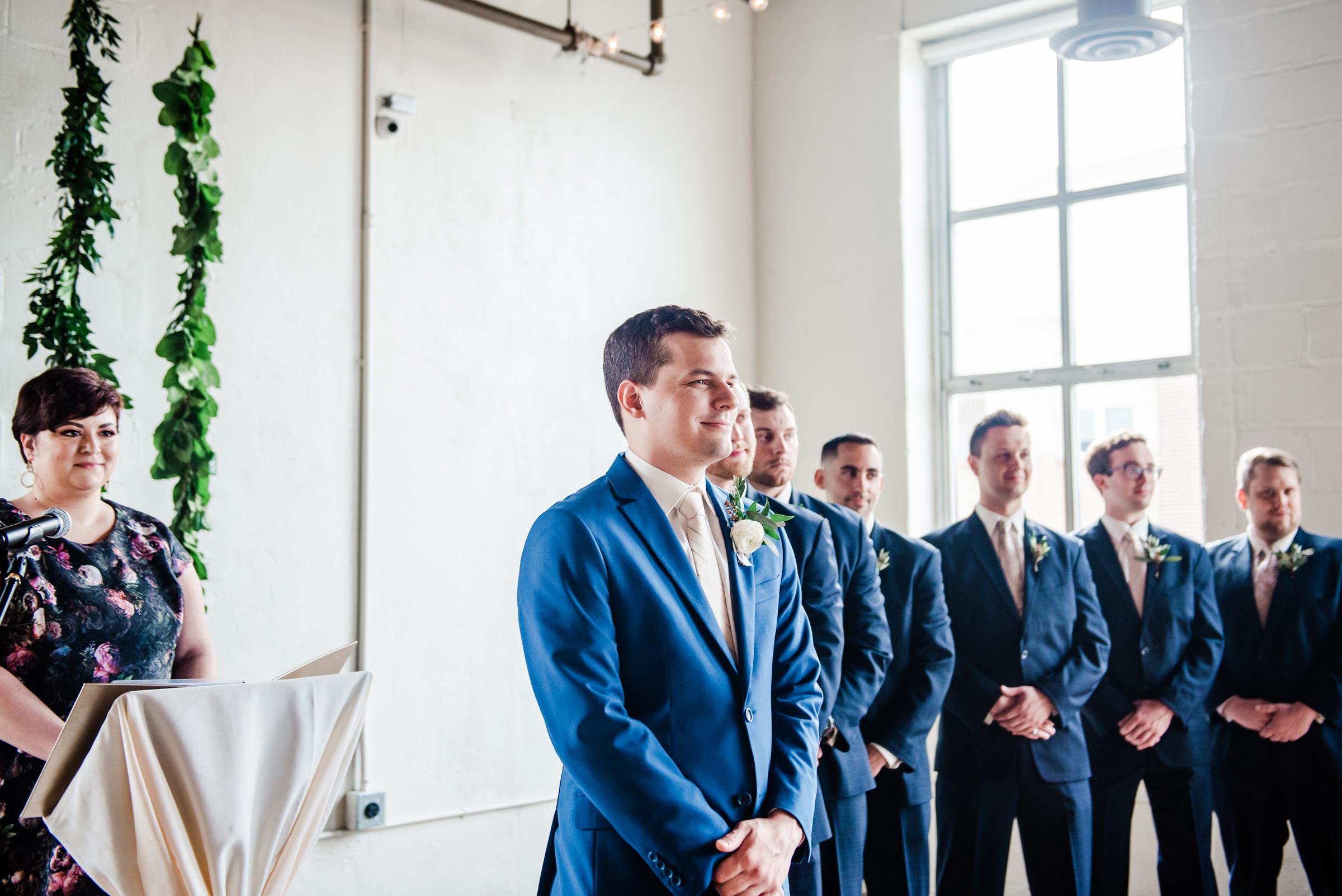 The_Arbor_LoftRochester_Wedding_JILL_STUDIO_Rochester_NY_Photographer_170444.jpg