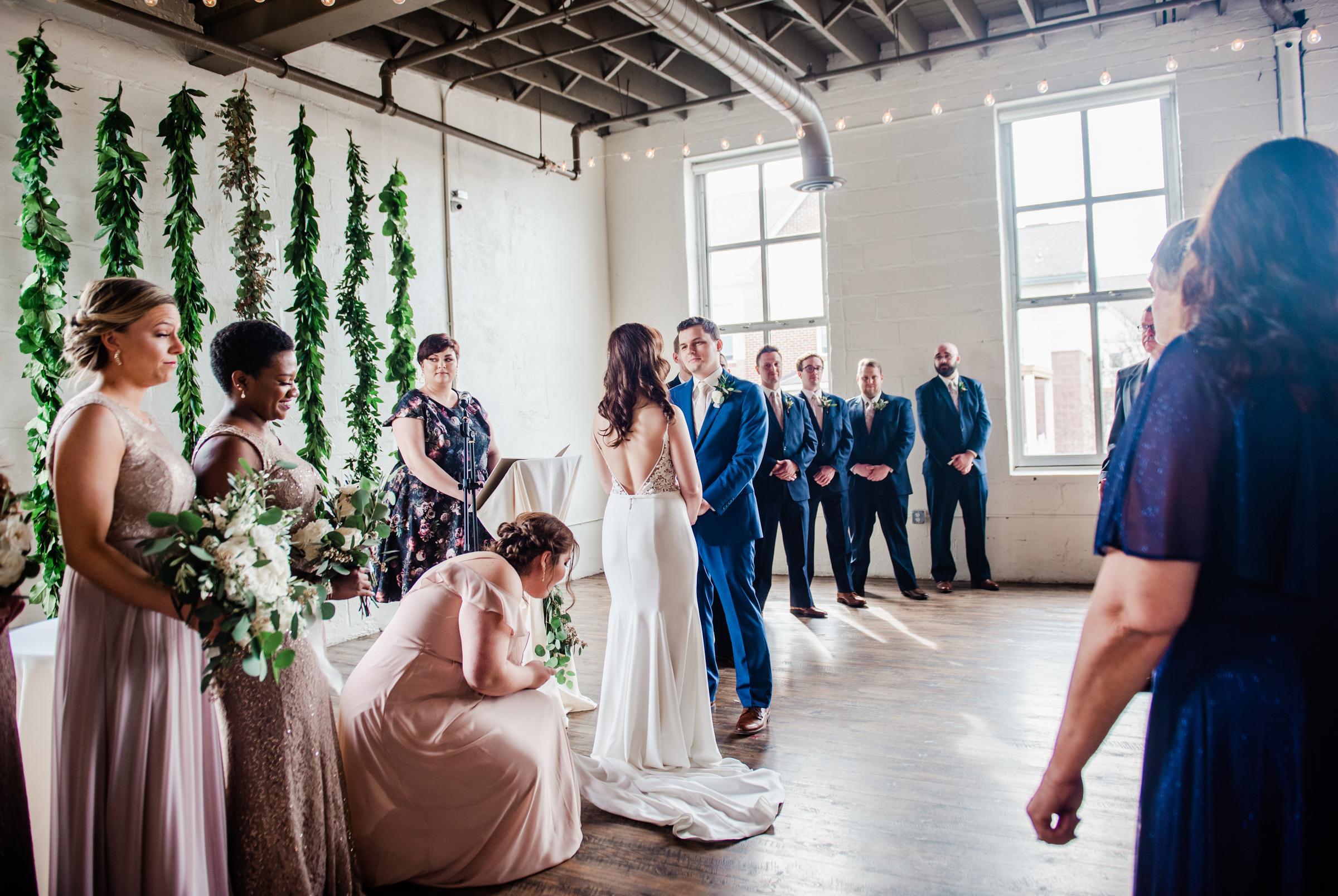 The_Arbor_LoftRochester_Wedding_JILL_STUDIO_Rochester_NY_Photographer_170506.jpg