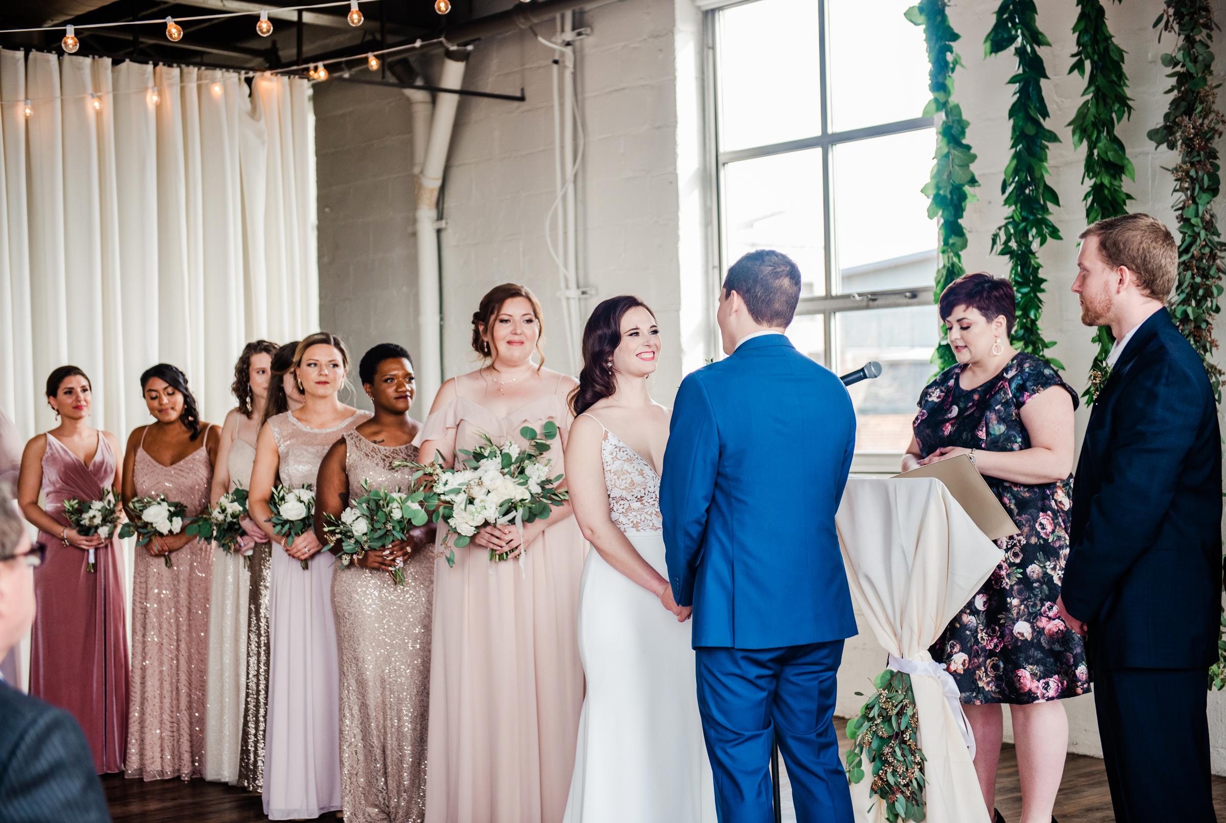 The_Arbor_LoftRochester_Wedding_JILL_STUDIO_Rochester_NY_Photographer_170609.jpg