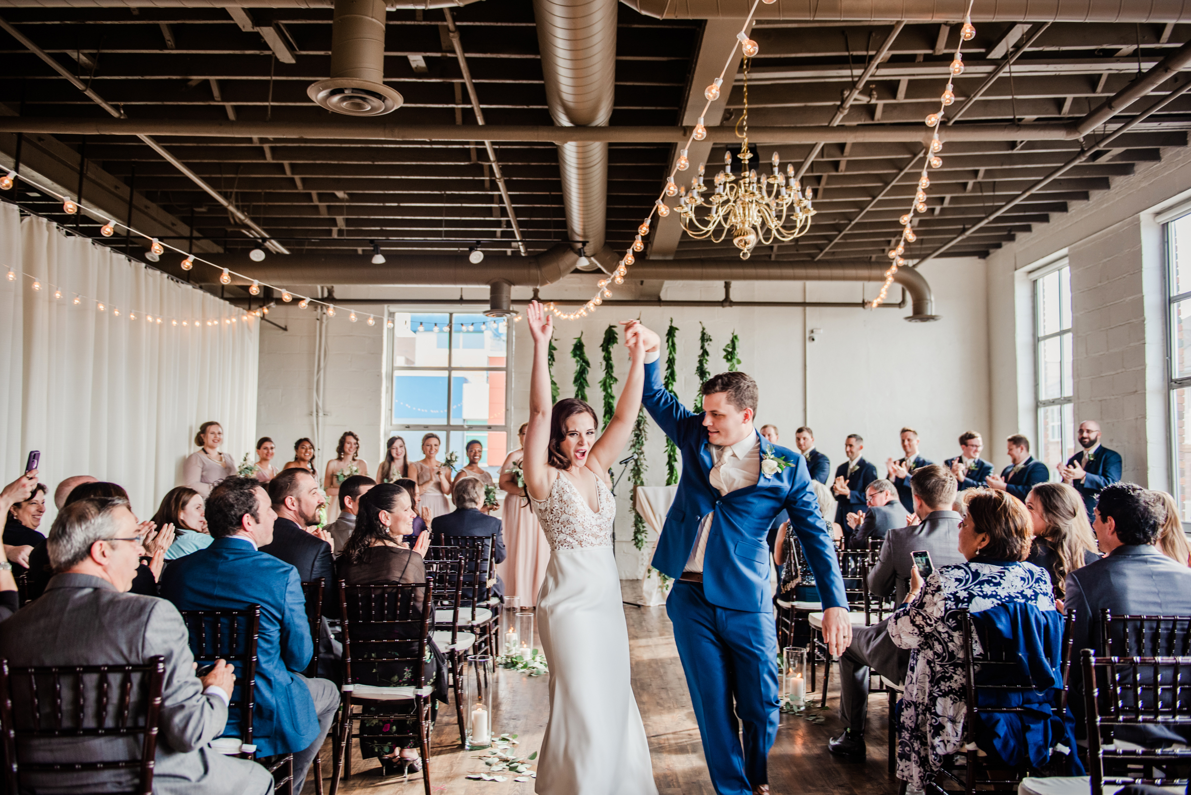 The_Arbor_LoftRochester_Wedding_JILL_STUDIO_Rochester_NY_Photographer_171713.jpg