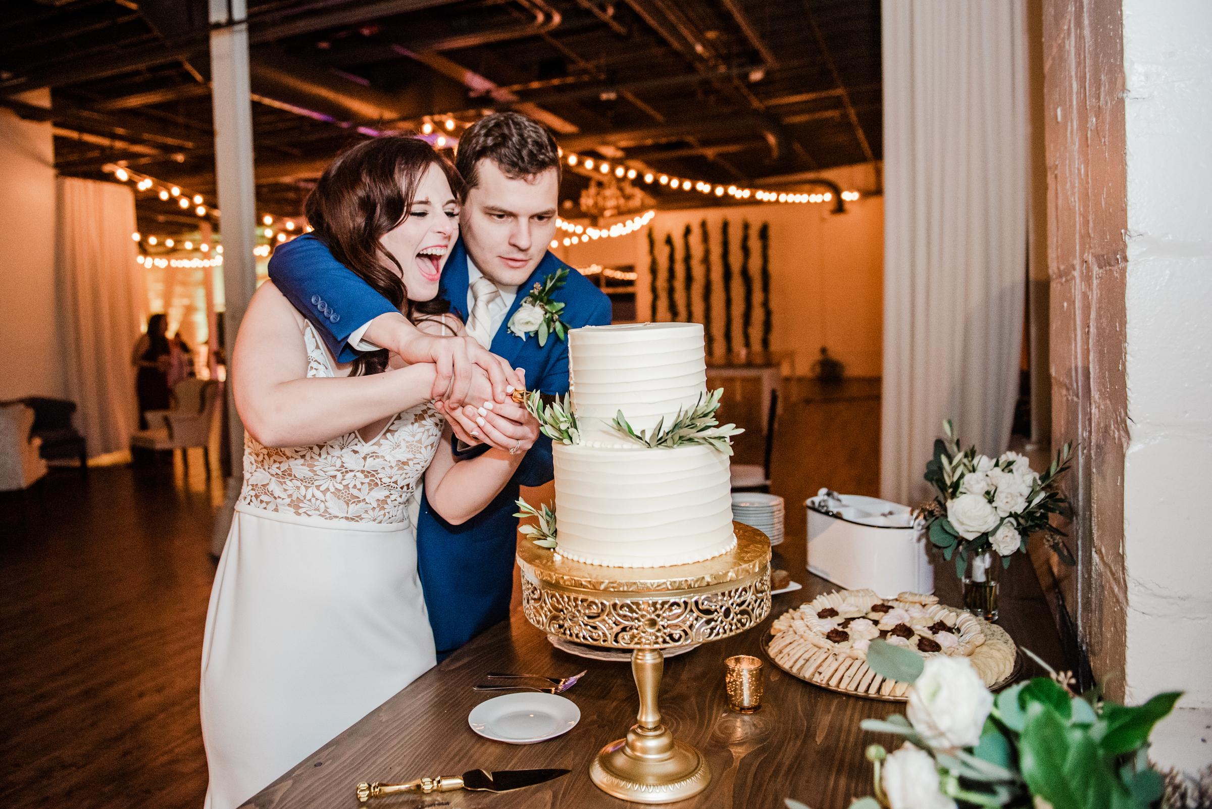 The_Arbor_LoftRochester_Wedding_JILL_STUDIO_Rochester_NY_Photographer_202158.jpg