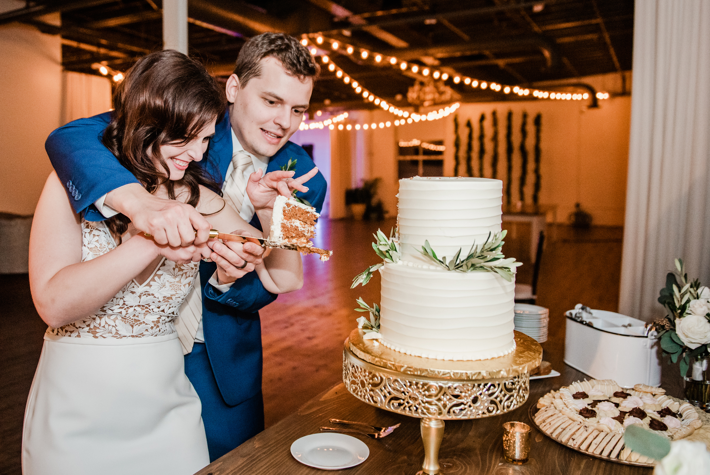 The_Arbor_LoftRochester_Wedding_JILL_STUDIO_Rochester_NY_Photographer_202253.jpg