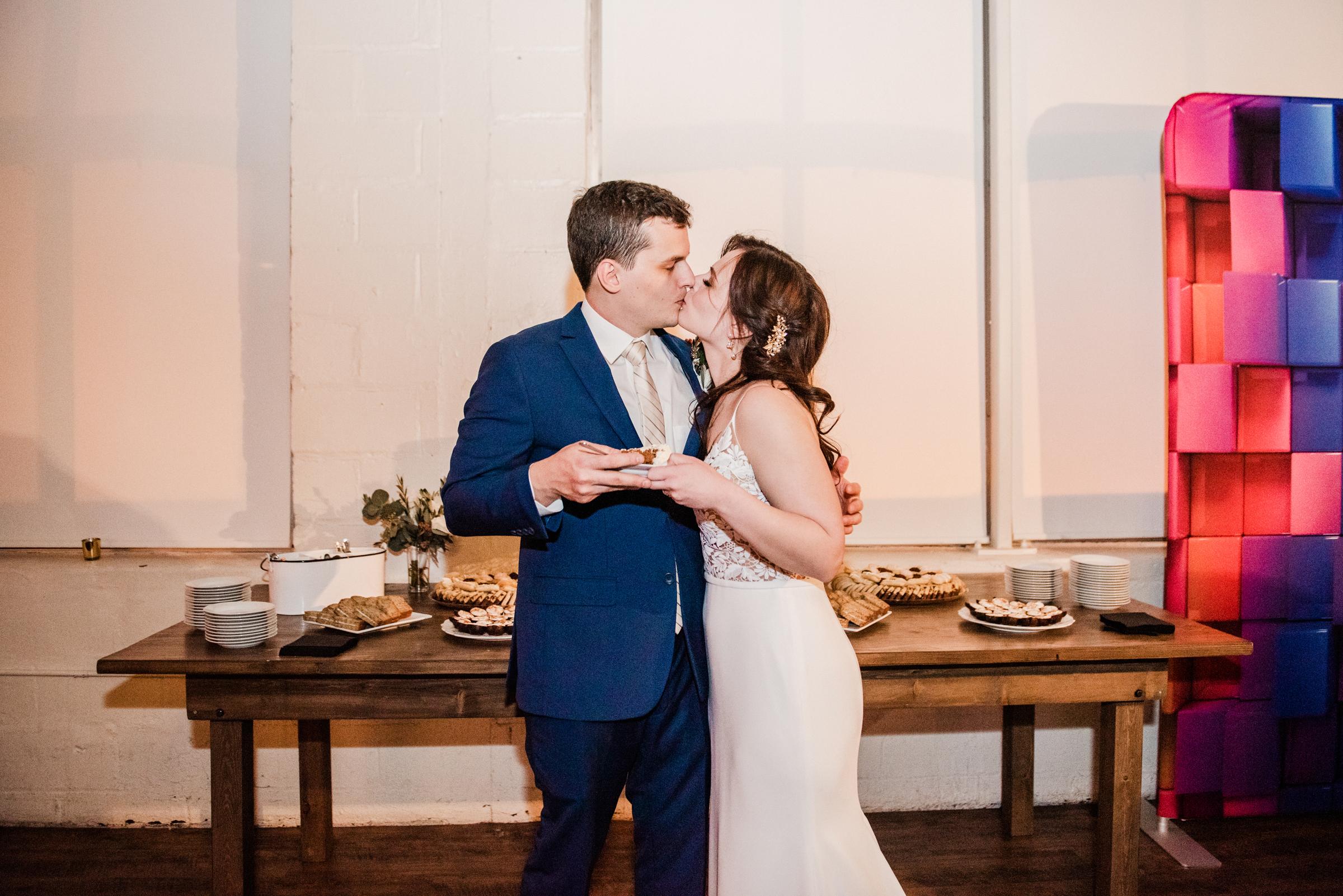 The_Arbor_LoftRochester_Wedding_JILL_STUDIO_Rochester_NY_Photographer_202353.jpg