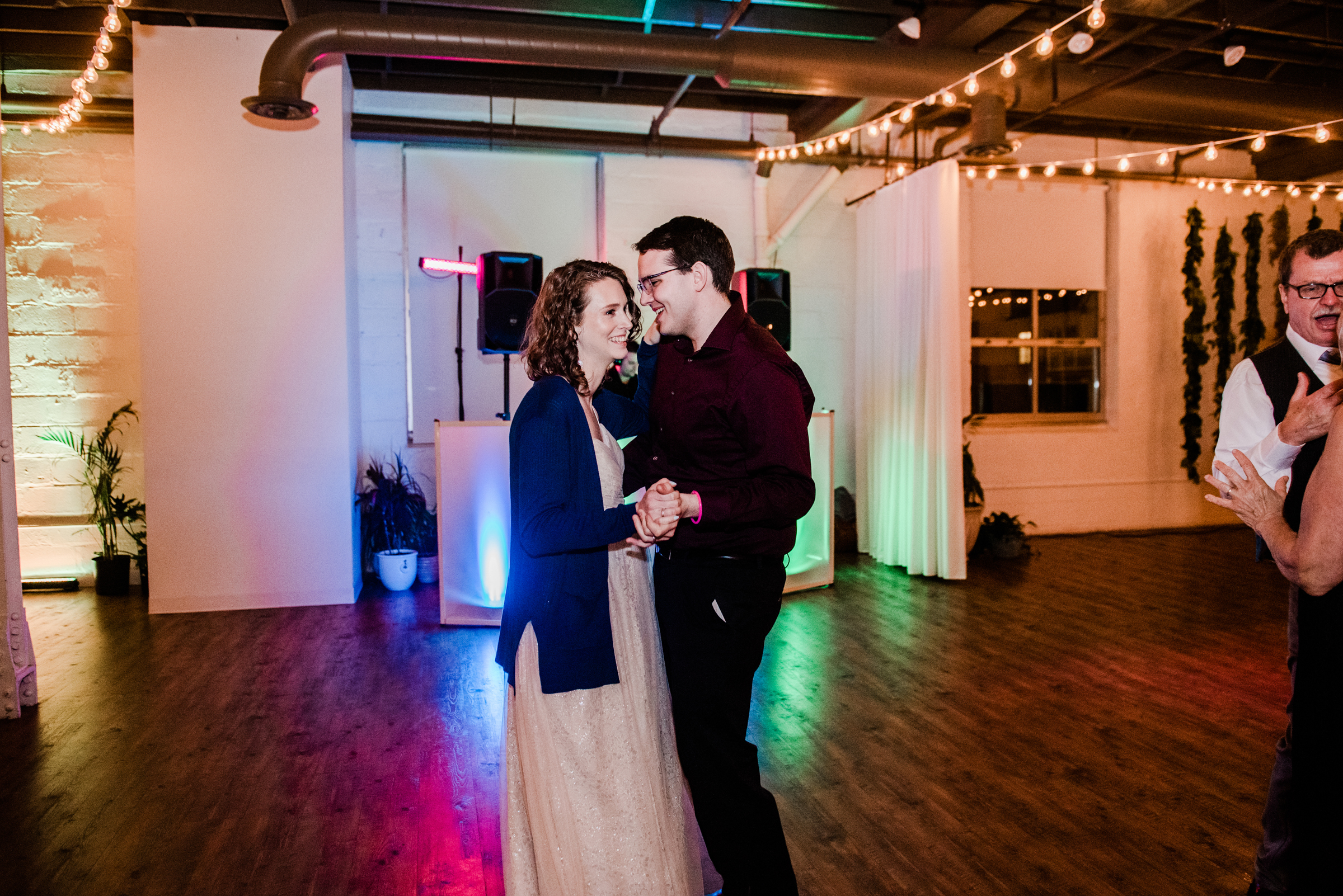 The_Arbor_LoftRochester_Wedding_JILL_STUDIO_Rochester_NY_Photographer_203646.jpg