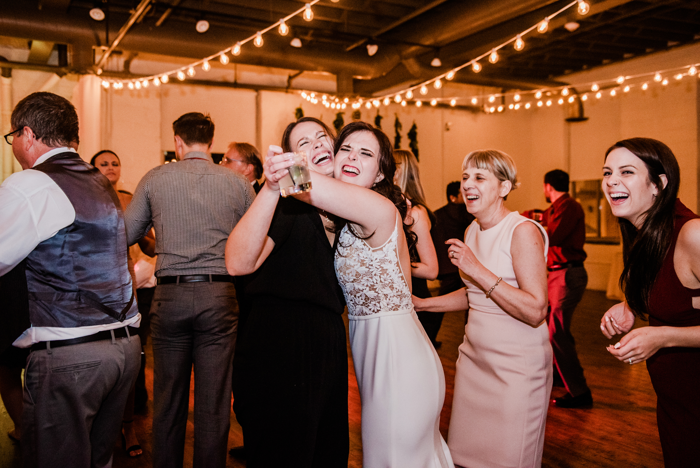 The_Arbor_LoftRochester_Wedding_JILL_STUDIO_Rochester_NY_Photographer_203716.jpg
