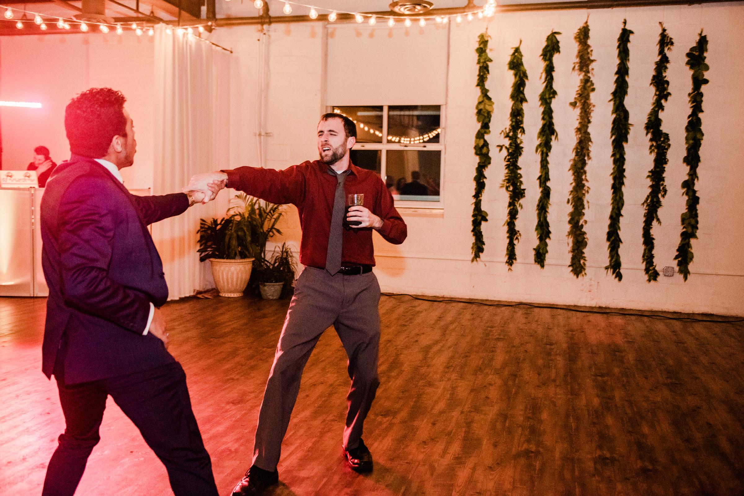 The_Arbor_LoftRochester_Wedding_JILL_STUDIO_Rochester_NY_Photographer_203736.jpg