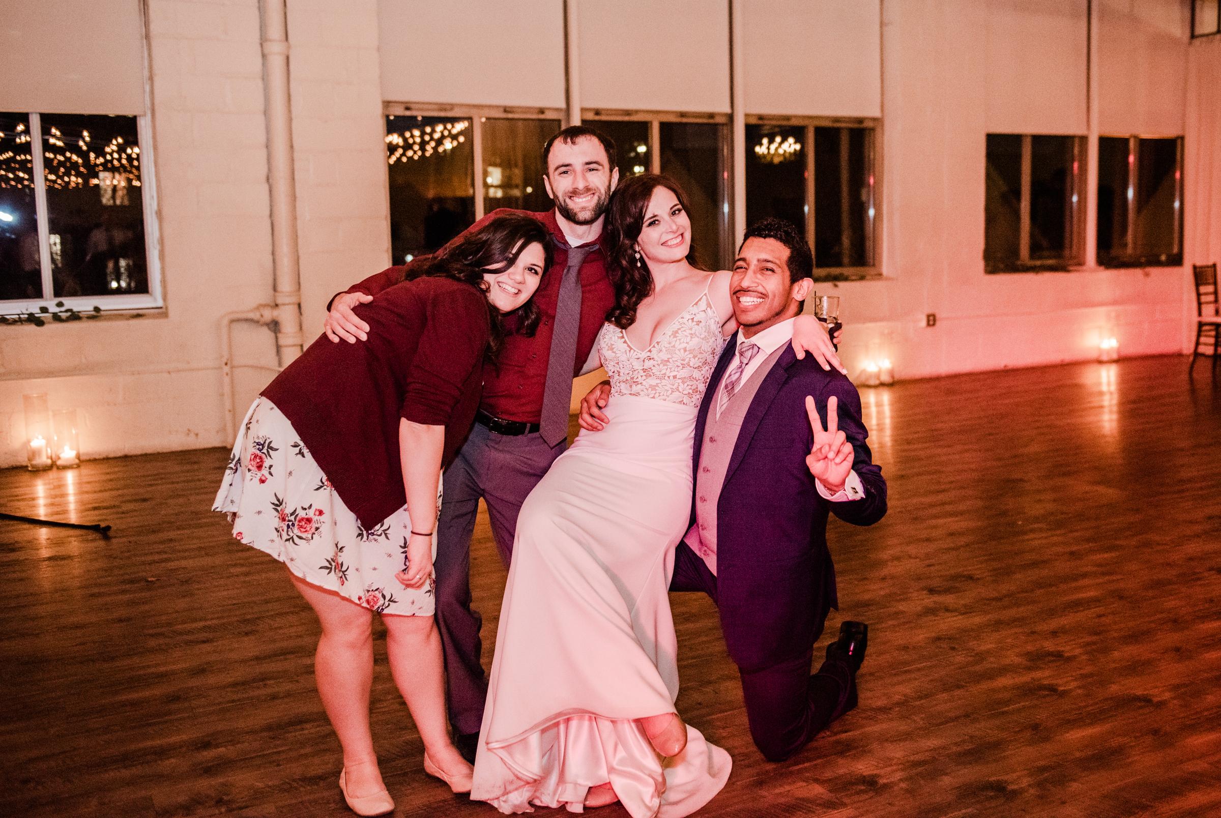 The_Arbor_LoftRochester_Wedding_JILL_STUDIO_Rochester_NY_Photographer_204120.jpg
