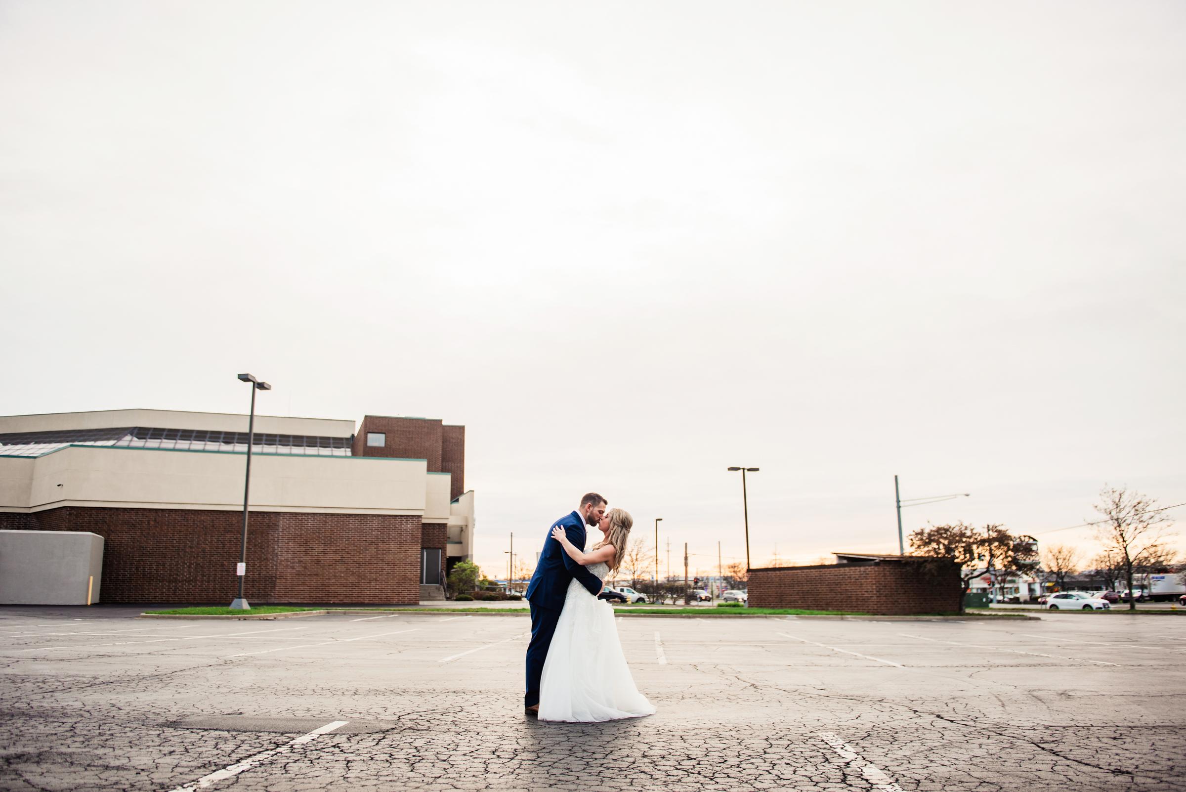 Double_Tree_by_Hilton_Rochester_Wedding_JILL_STUDIO_Rochester_NY_Photographer_DSC_4618.jpg