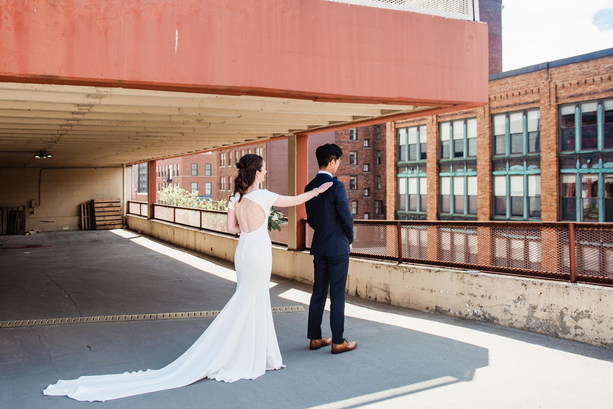 SKY_Armory_Syracuse_Wedding_JILL_STUDIO_Rochester_NY_Photographer_DSC_5187.jpg