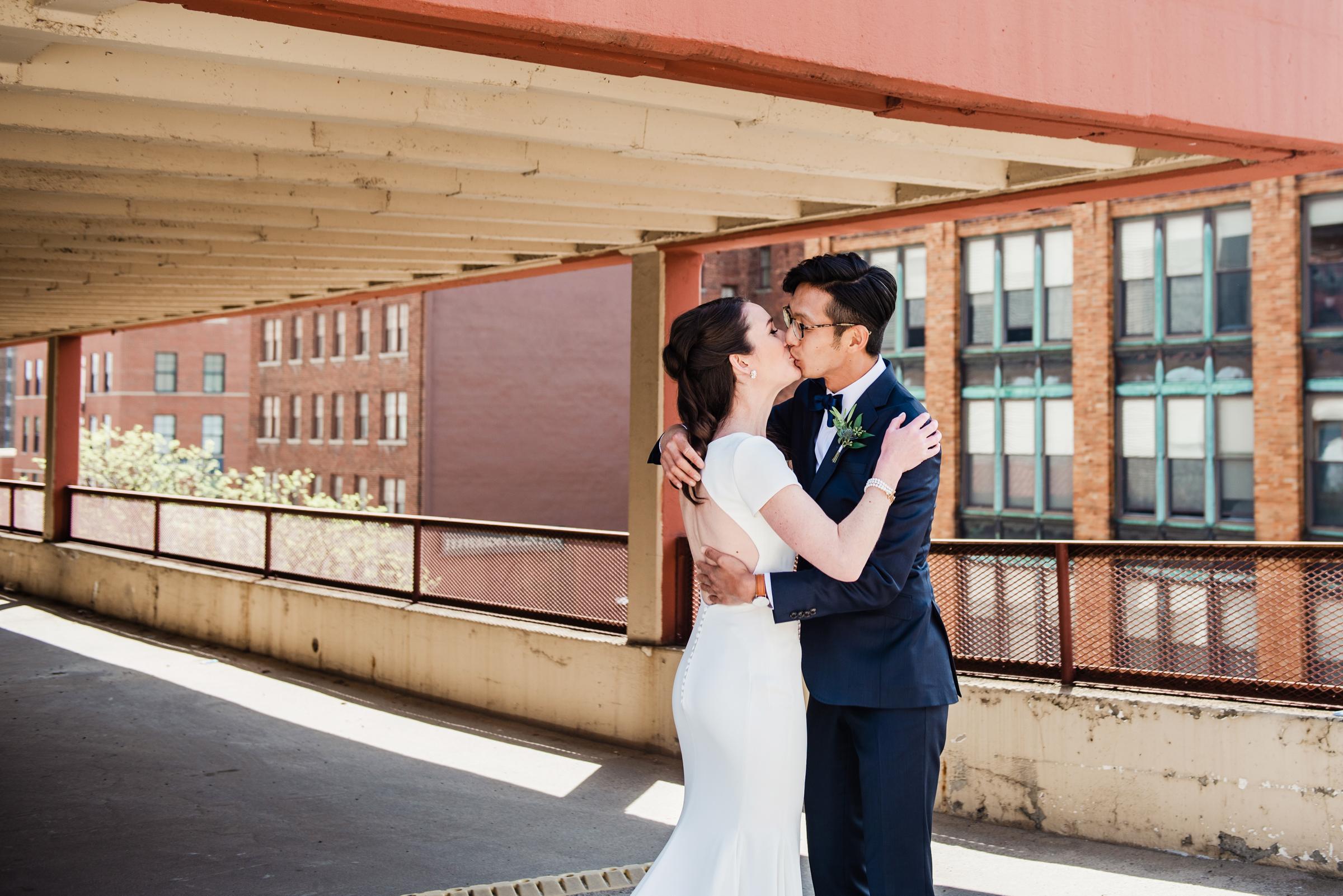 SKY_Armory_Syracuse_Wedding_JILL_STUDIO_Rochester_NY_Photographer_DSC_5193.jpg