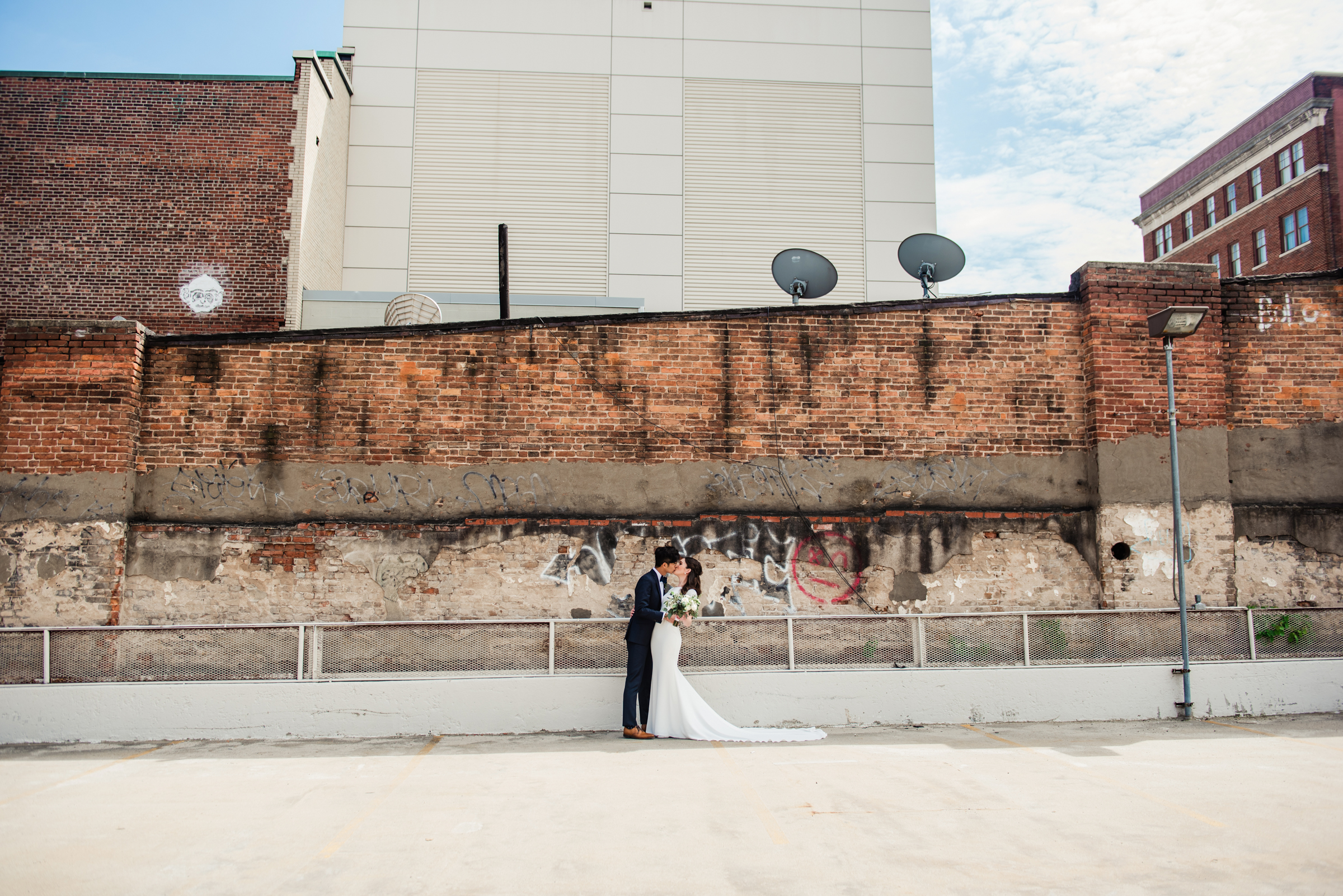 SKY_Armory_Syracuse_Wedding_JILL_STUDIO_Rochester_NY_Photographer_DSC_5241.jpg