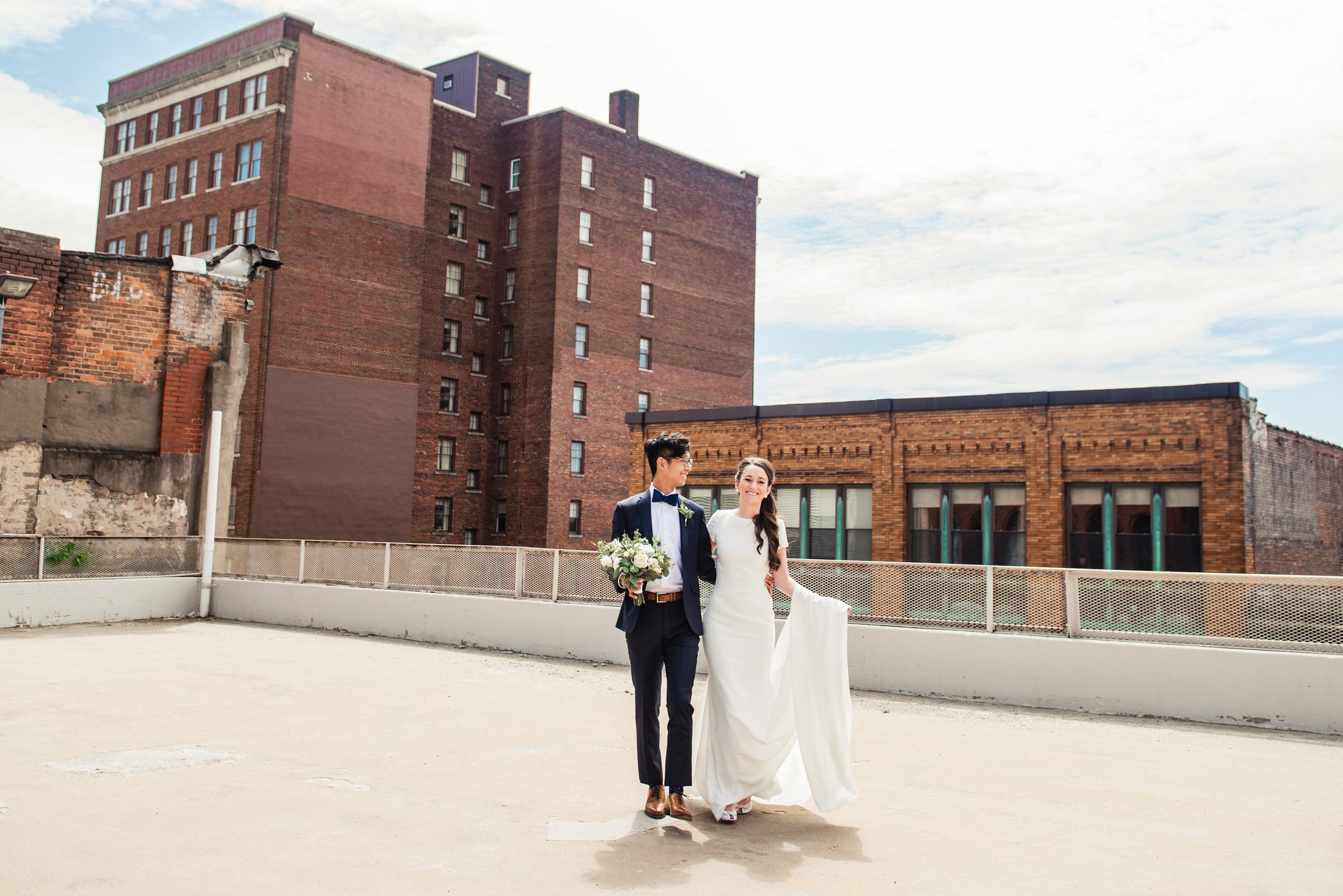 SKY_Armory_Syracuse_Wedding_JILL_STUDIO_Rochester_NY_Photographer_DSC_5275.jpg