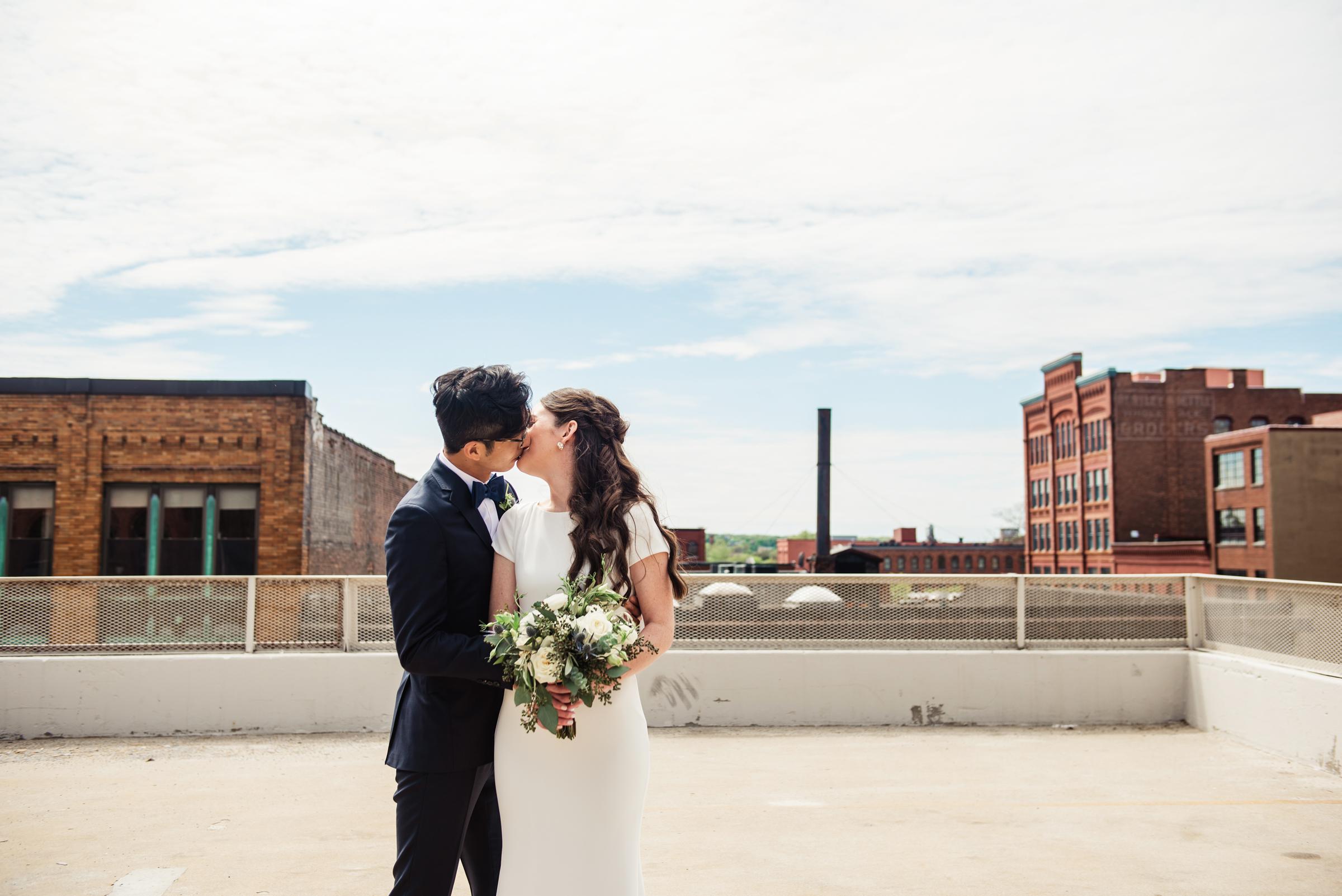 SKY_Armory_Syracuse_Wedding_JILL_STUDIO_Rochester_NY_Photographer_DSC_5295.jpg