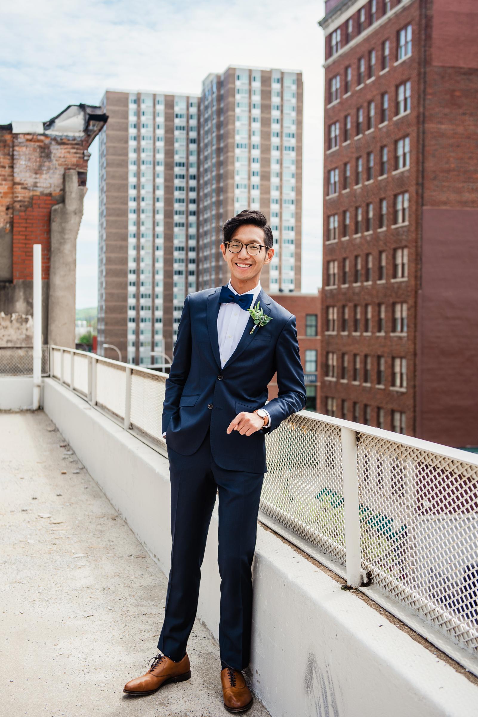 SKY_Armory_Syracuse_Wedding_JILL_STUDIO_Rochester_NY_Photographer_DSC_5305.jpg