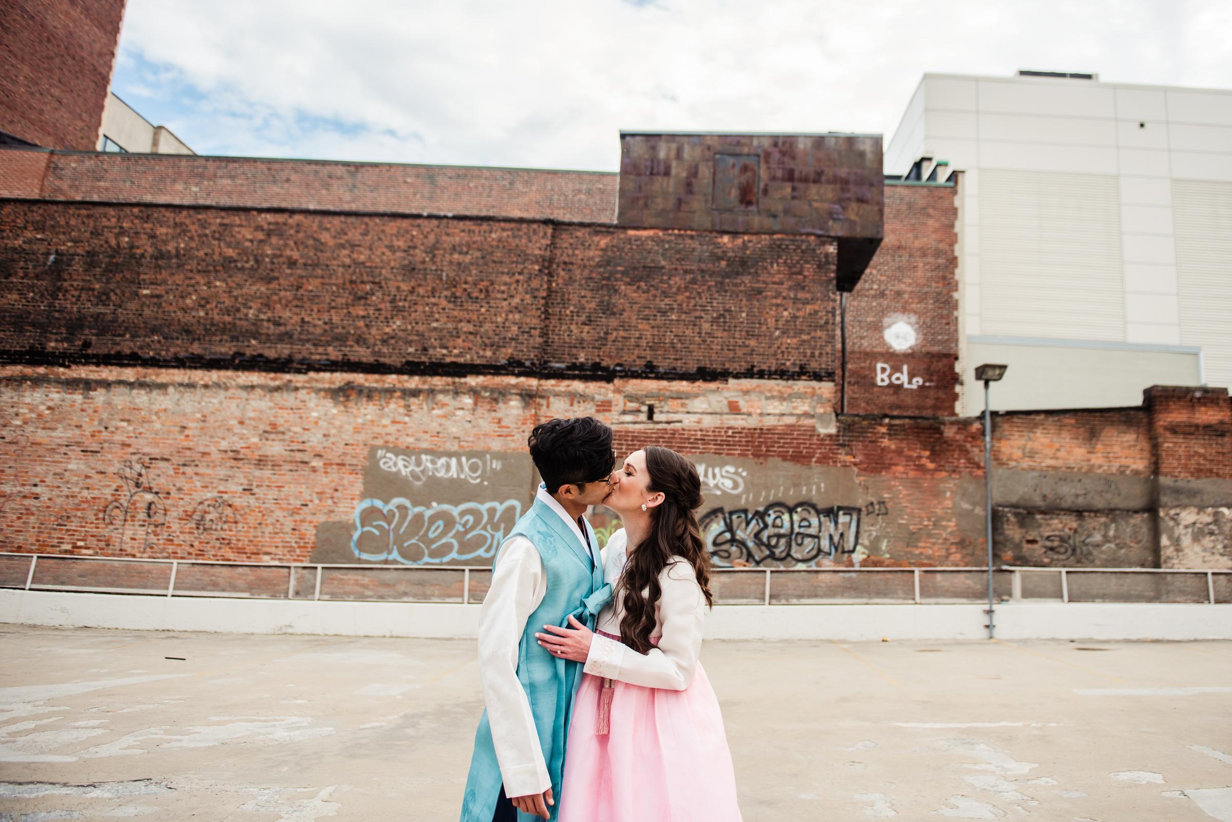 SKY_Armory_Syracuse_Wedding_JILL_STUDIO_Rochester_NY_Photographer_DSC_5701.jpg