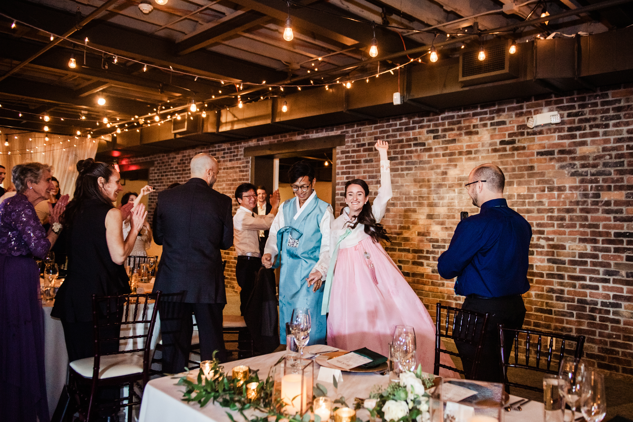 SKY_Armory_Syracuse_Wedding_JILL_STUDIO_Rochester_NY_Photographer_DSC_6120.jpg
