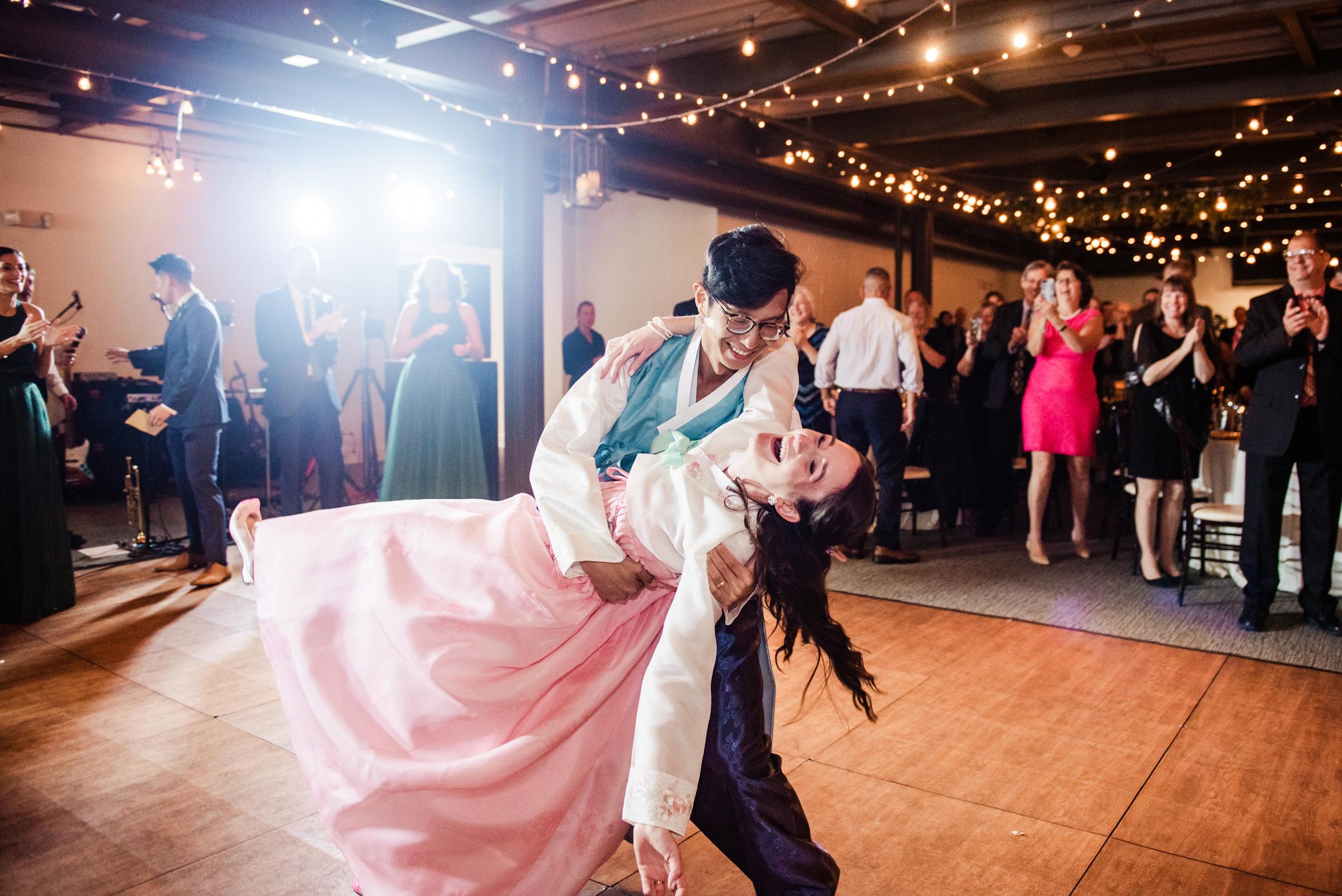 SKY_Armory_Syracuse_Wedding_JILL_STUDIO_Rochester_NY_Photographer_DSC_6128.jpg
