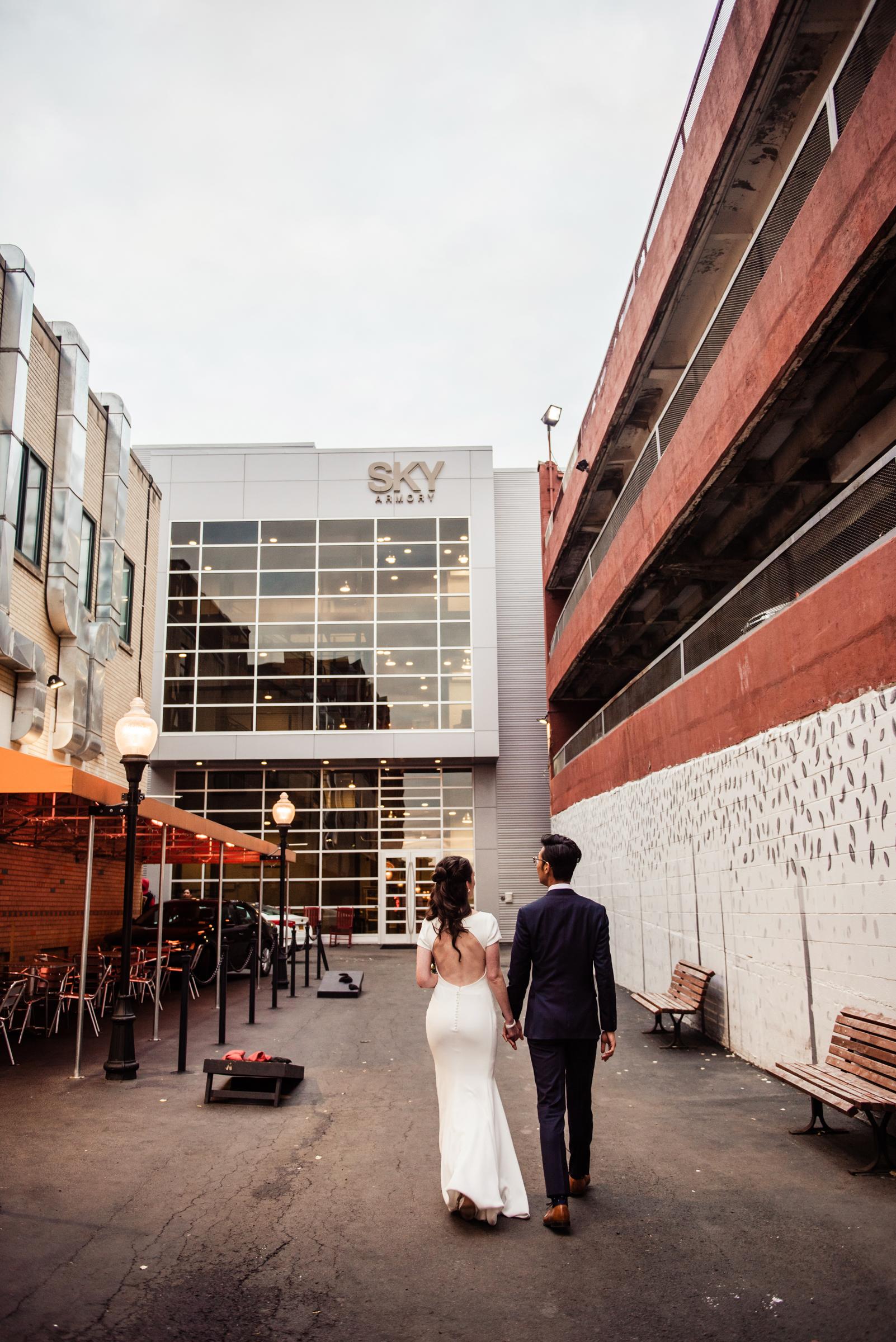 SKY_Armory_Syracuse_Wedding_JILL_STUDIO_Rochester_NY_Photographer_DSC_6228.jpg