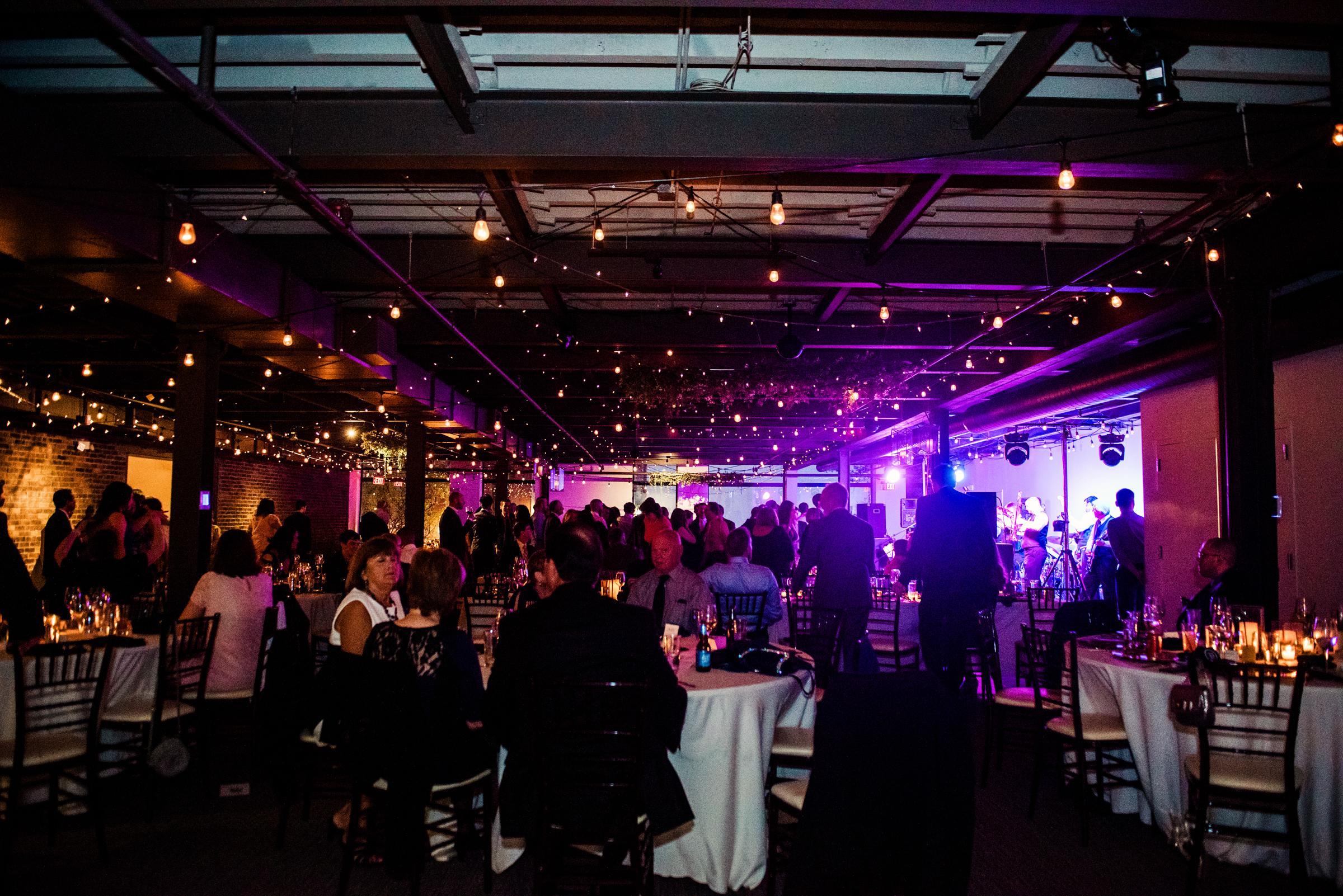 SKY_Armory_Syracuse_Wedding_JILL_STUDIO_Rochester_NY_Photographer_DSC_6376.jpg