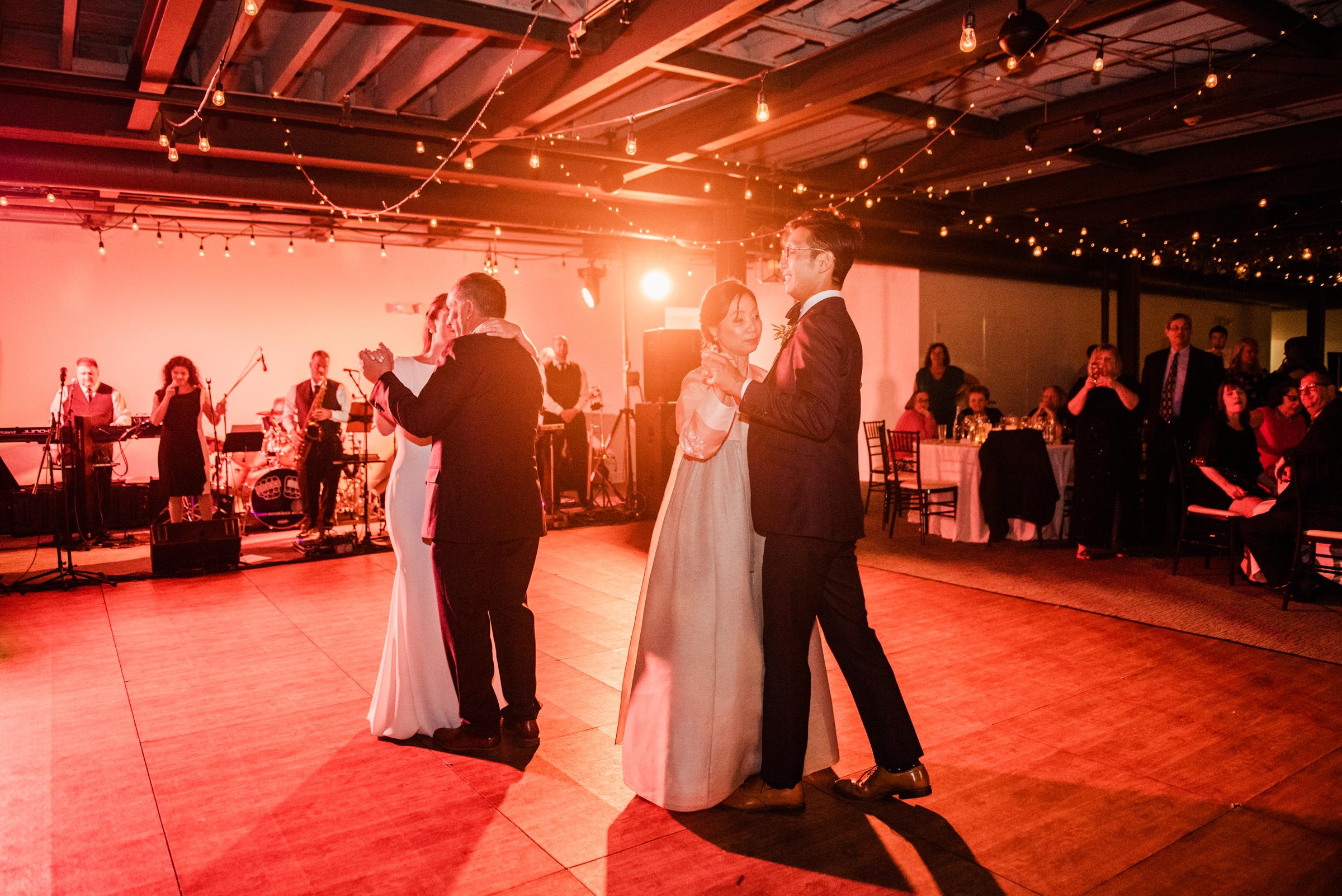 SKY_Armory_Syracuse_Wedding_JILL_STUDIO_Rochester_NY_Photographer_DSC_6448.jpg