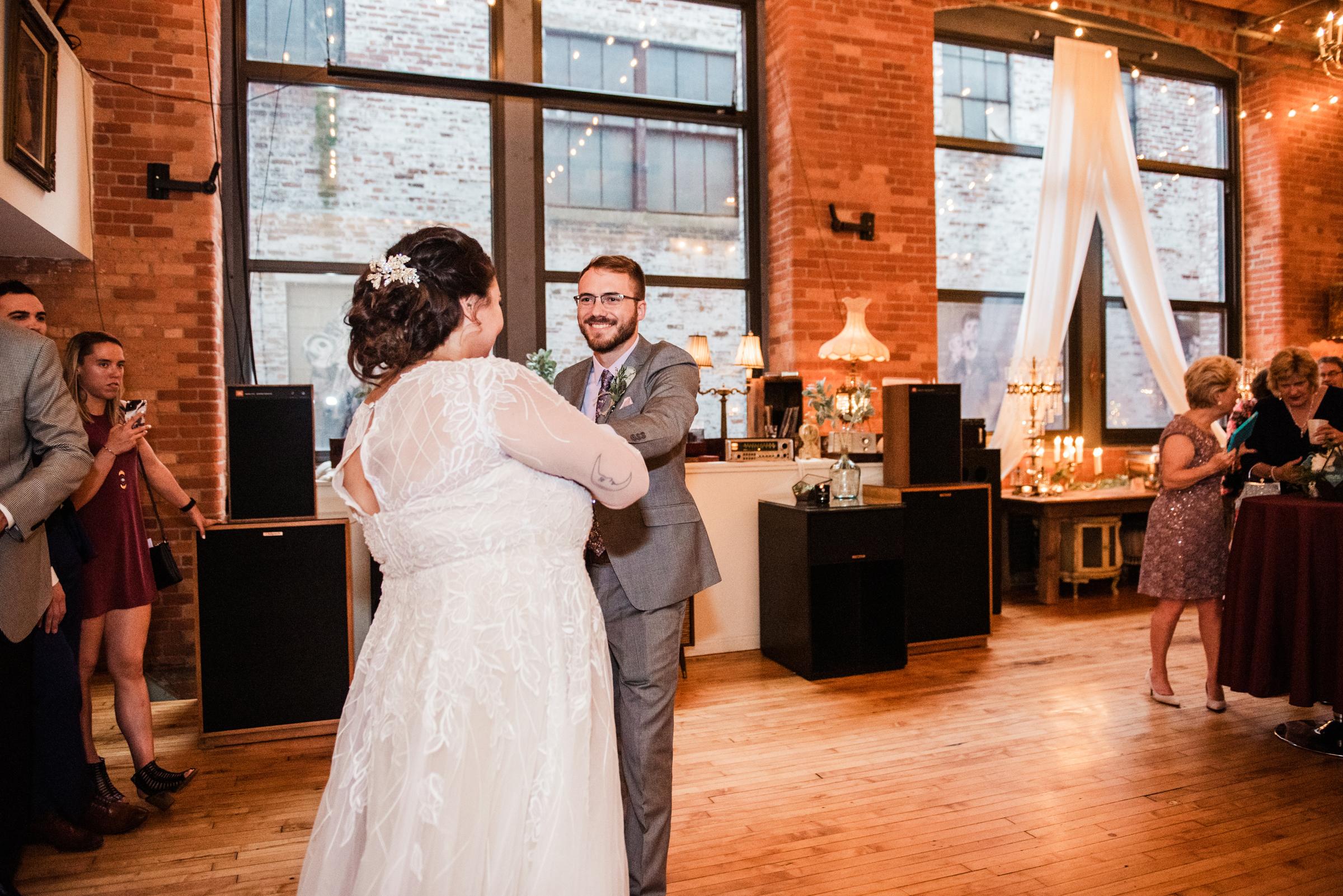 Studio_180_Lamberton_Conservatory_Rochester_Wedding_JILL_STUDIO_Rochester_NY_Photographer_DSC_9143.jpg