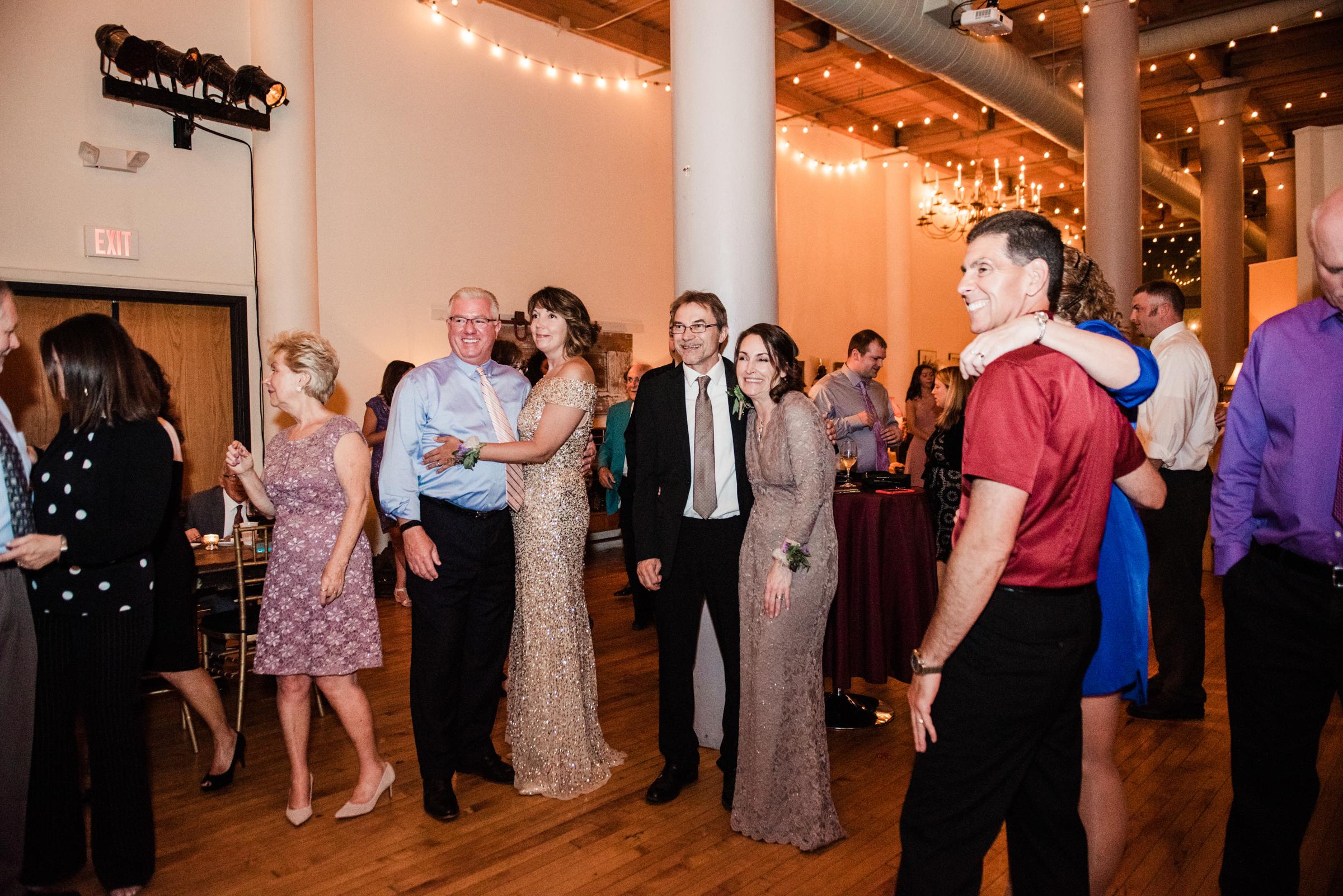 Studio_180_Lamberton_Conservatory_Rochester_Wedding_JILL_STUDIO_Rochester_NY_Photographer_DSC_9345.jpg