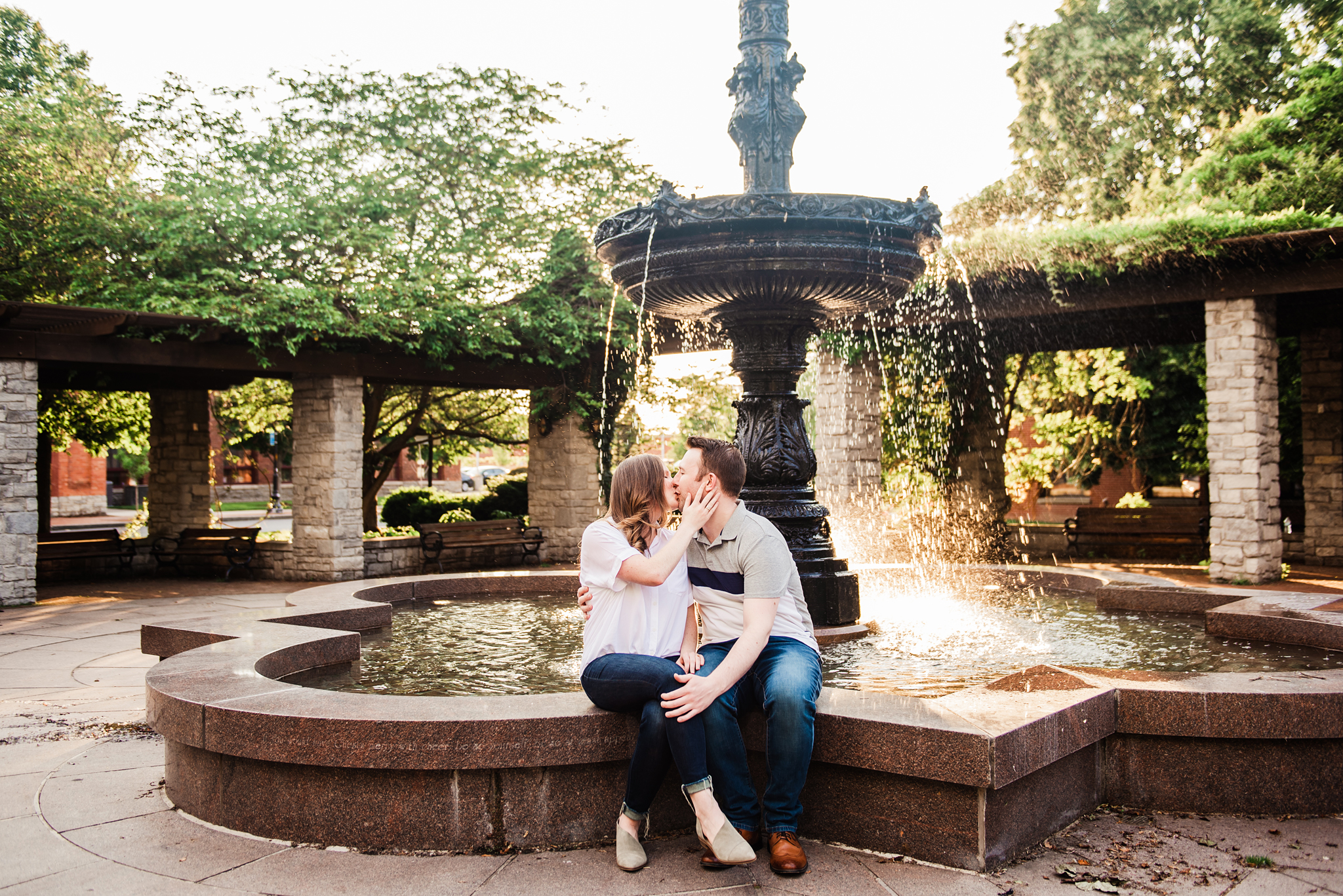 Franklin_Square_Park_Syracuse_Engagement_Session_JILL_STUDIO_Rochester_NY_Photographer_DSC_3907.jpg