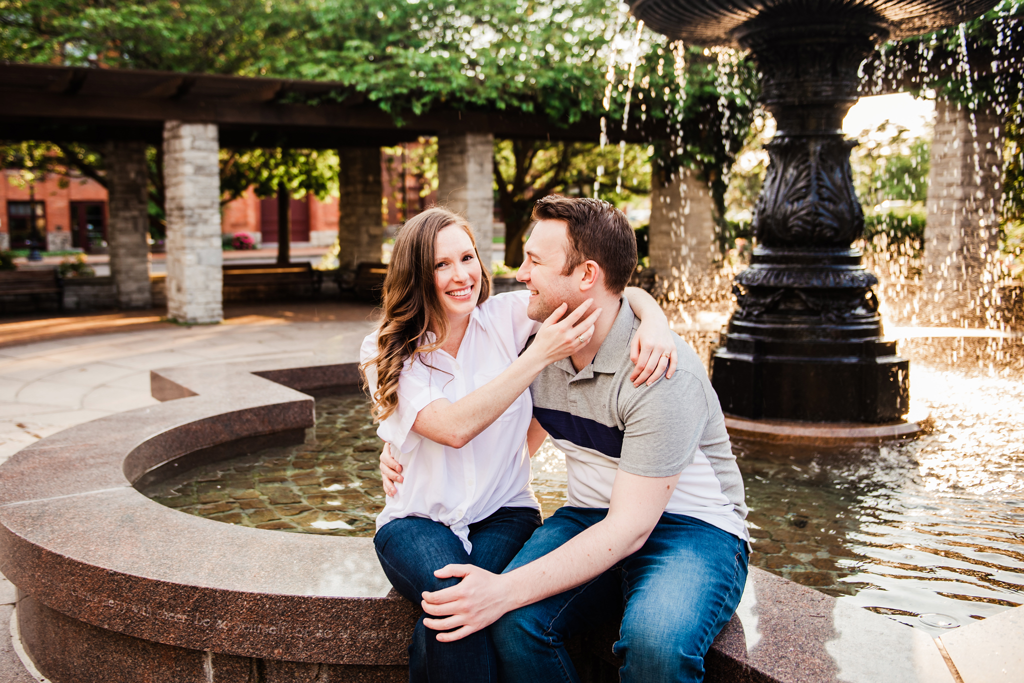 Franklin_Square_Park_Syracuse_Engagement_Session_JILL_STUDIO_Rochester_NY_Photographer_DSC_3914.jpg