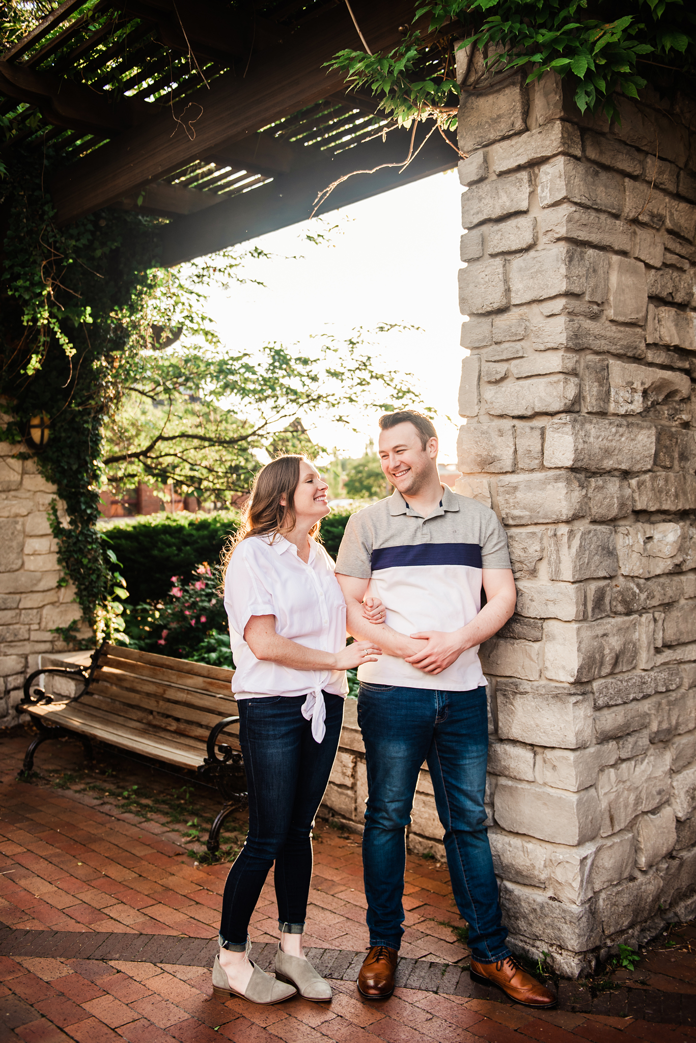 Franklin_Square_Park_Syracuse_Engagement_Session_JILL_STUDIO_Rochester_NY_Photographer_DSC_3952.jpg