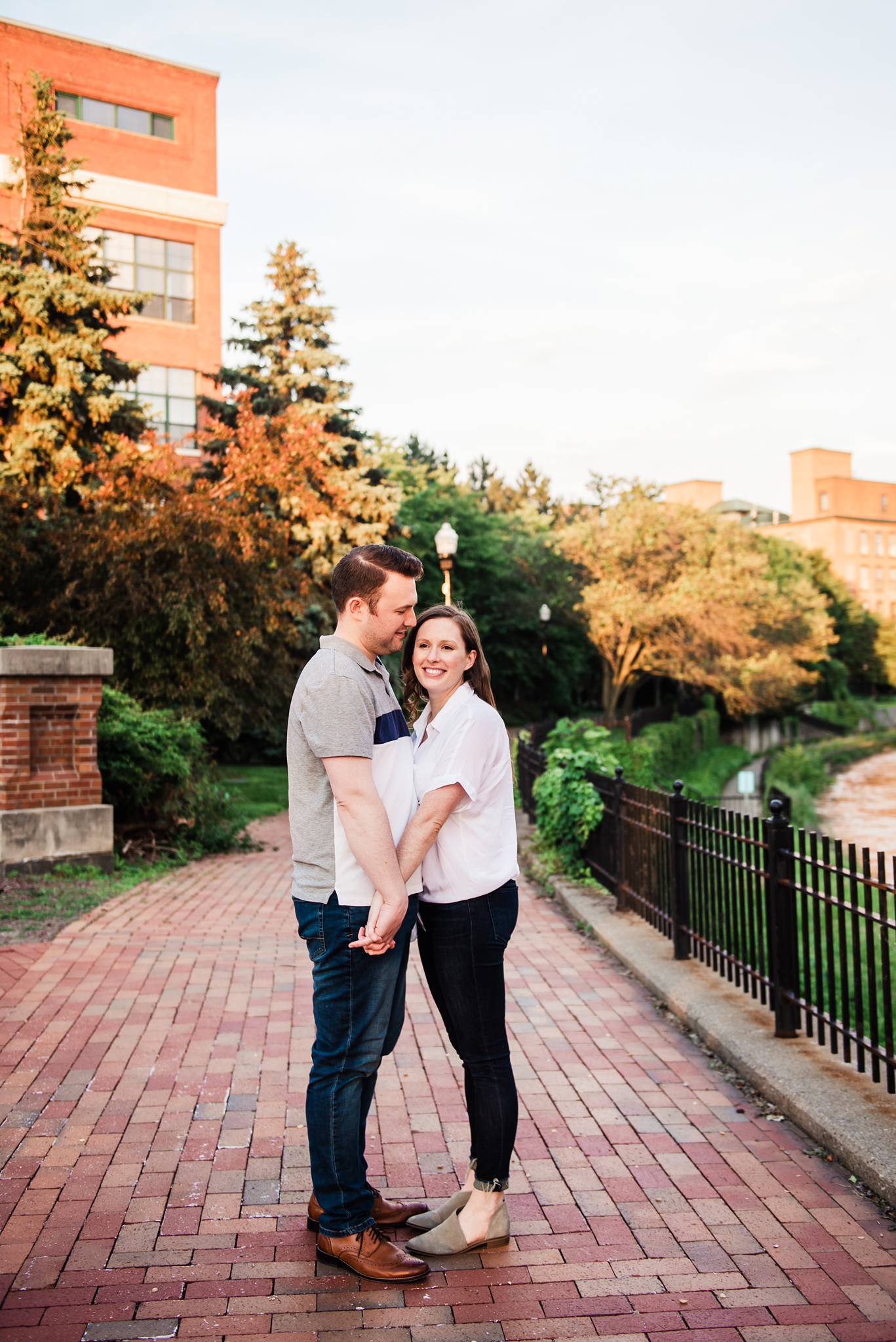 Franklin_Square_Park_Syracuse_Engagement_Session_JILL_STUDIO_Rochester_NY_Photographer_DSC_4196.jpg