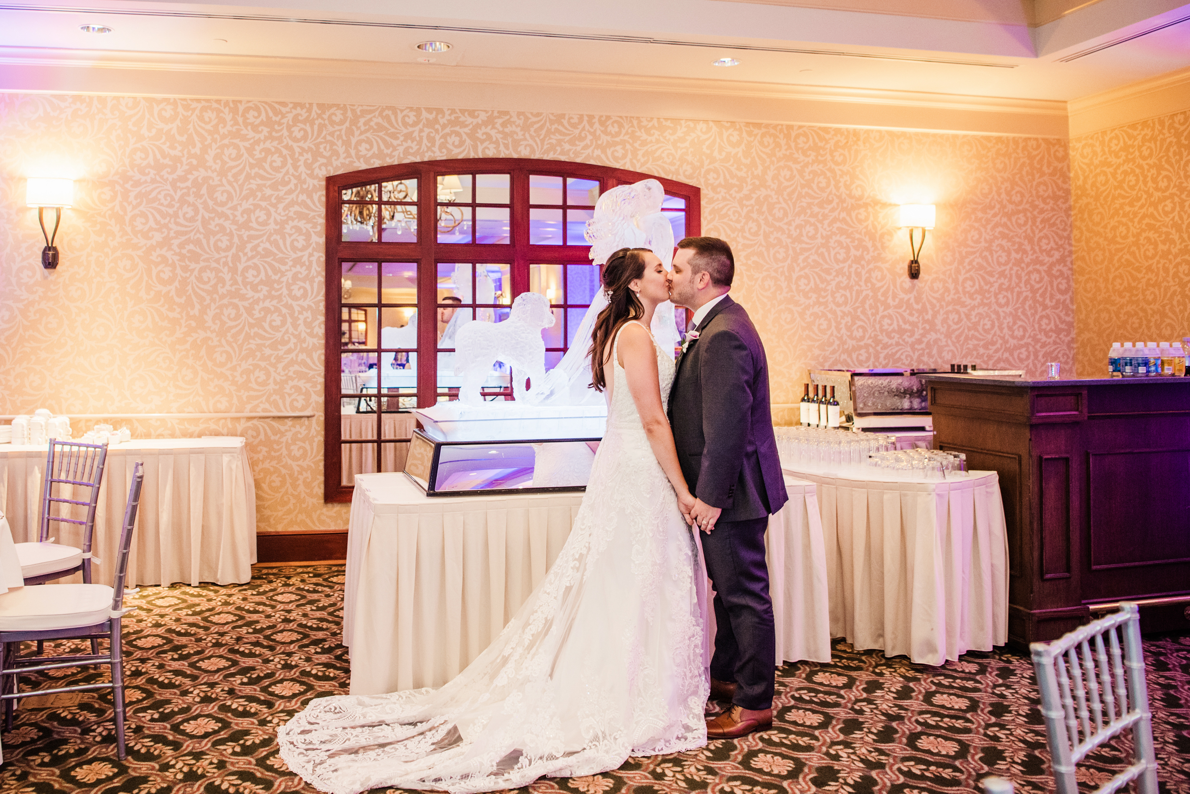 Turning_Stone_Casino_Resort_Central_NY_Wedding_JILL_STUDIO_Rochester_NY_Photographer_DSC_1668.jpg