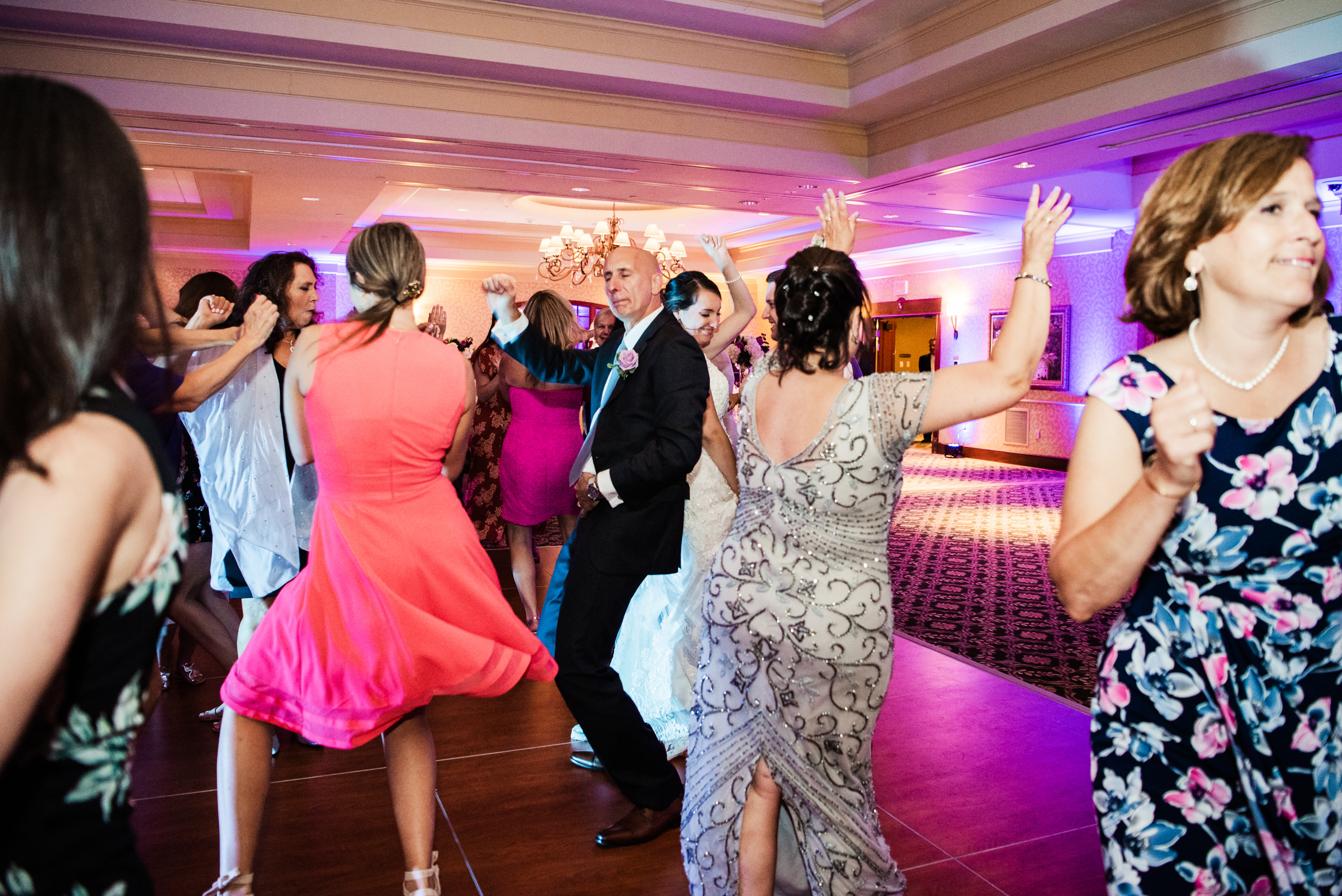 Turning_Stone_Casino_Resort_Central_NY_Wedding_JILL_STUDIO_Rochester_NY_Photographer_DSC_2043.jpg