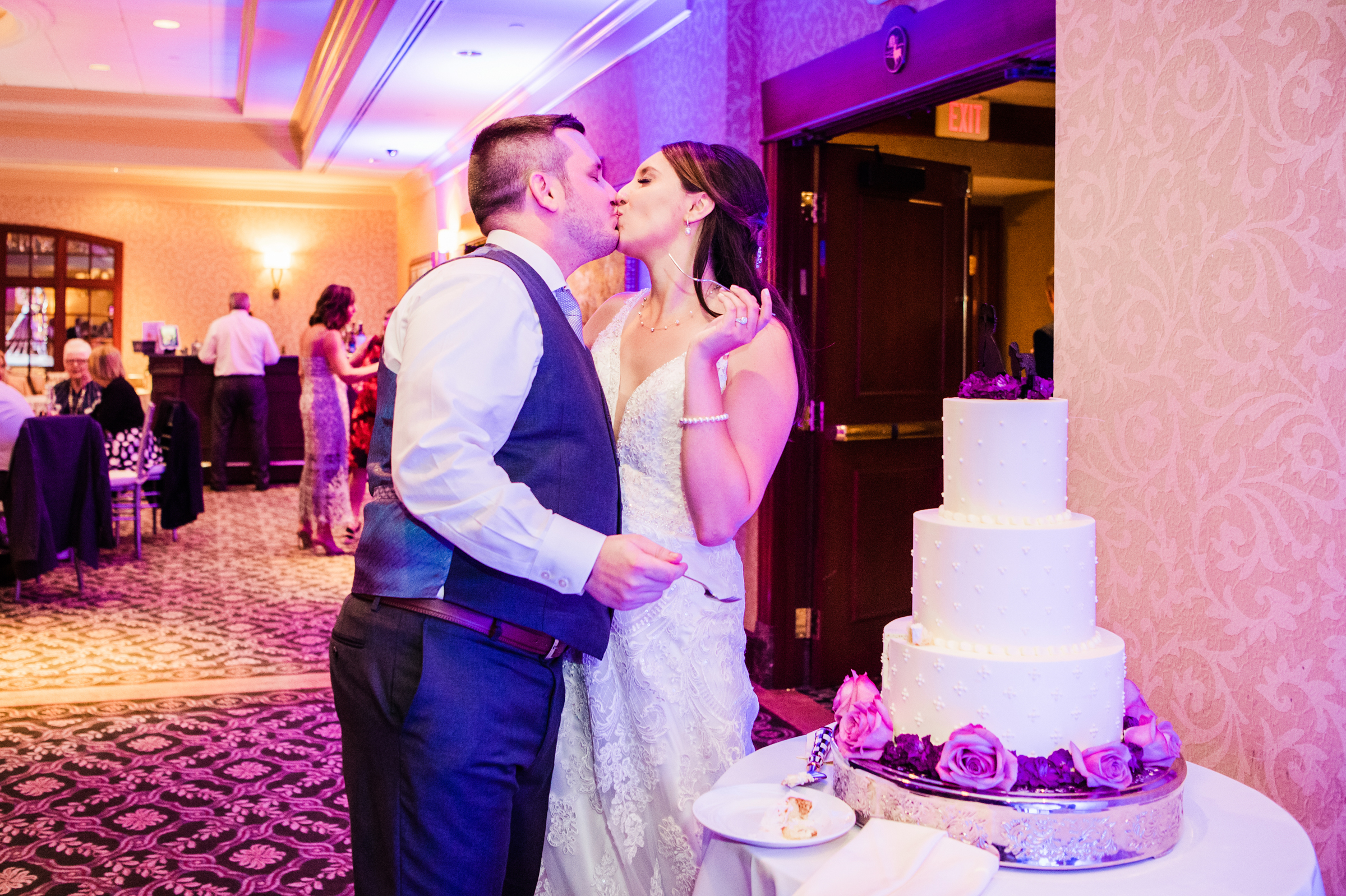 Turning_Stone_Casino_Resort_Central_NY_Wedding_JILL_STUDIO_Rochester_NY_Photographer_DSC_2066.jpg