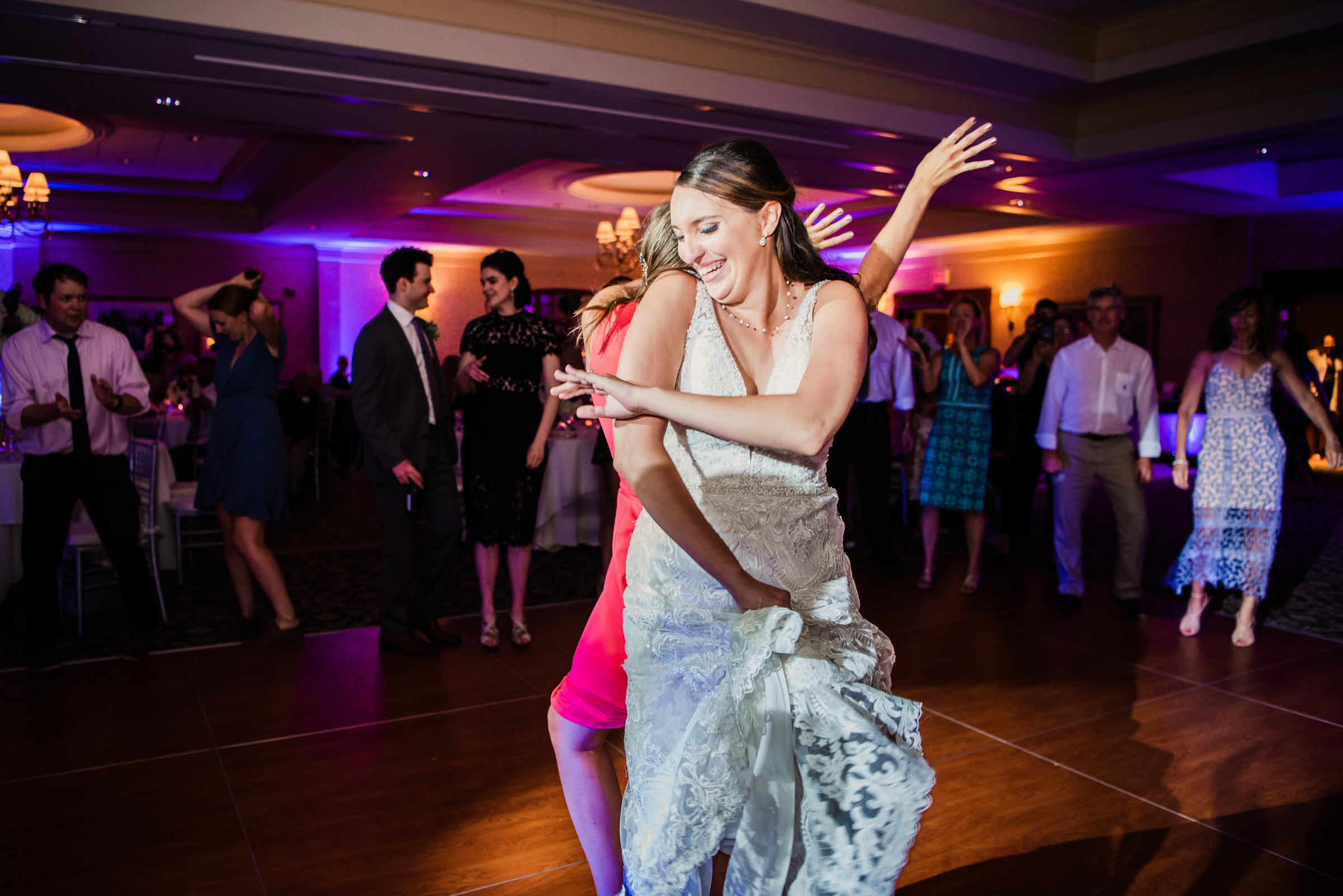 Turning_Stone_Casino_Resort_Central_NY_Wedding_JILL_STUDIO_Rochester_NY_Photographer_DSC_2282.jpg