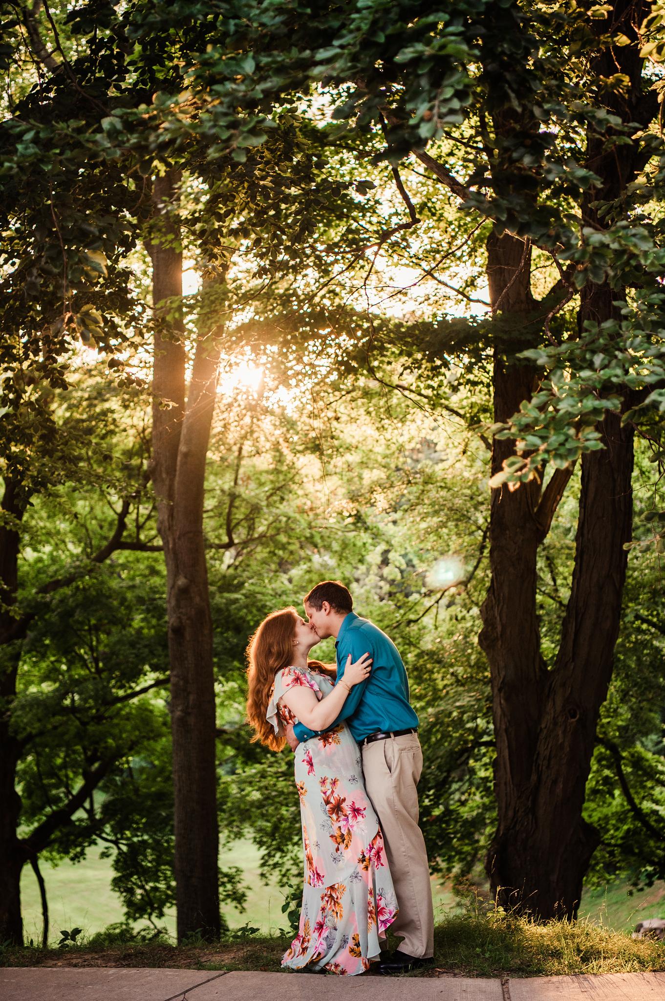Highland_Park_Cobbs_Hill_Rochester_Engagement_Session_JILL_STUDIO_Rochester_NY_Photographer_DSC_2679.jpg