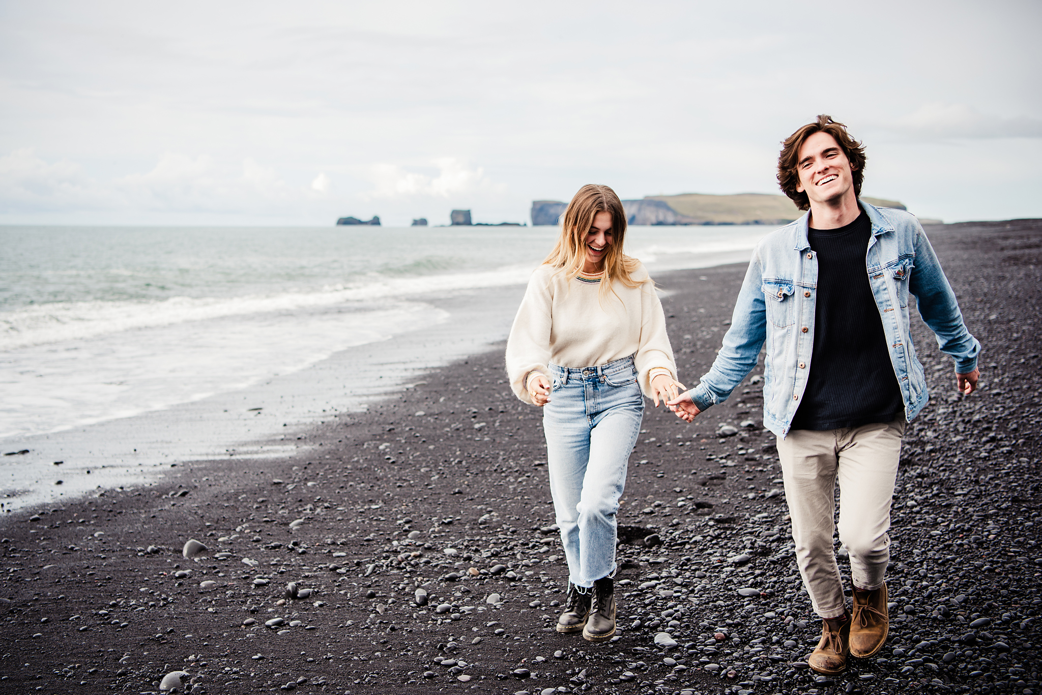 Iceland_Reynisfjara_Black_Sand_Beach_Couples_Session_JILL_STUDIO_Rochester_NY_Photographer_DSC_9693.jpg