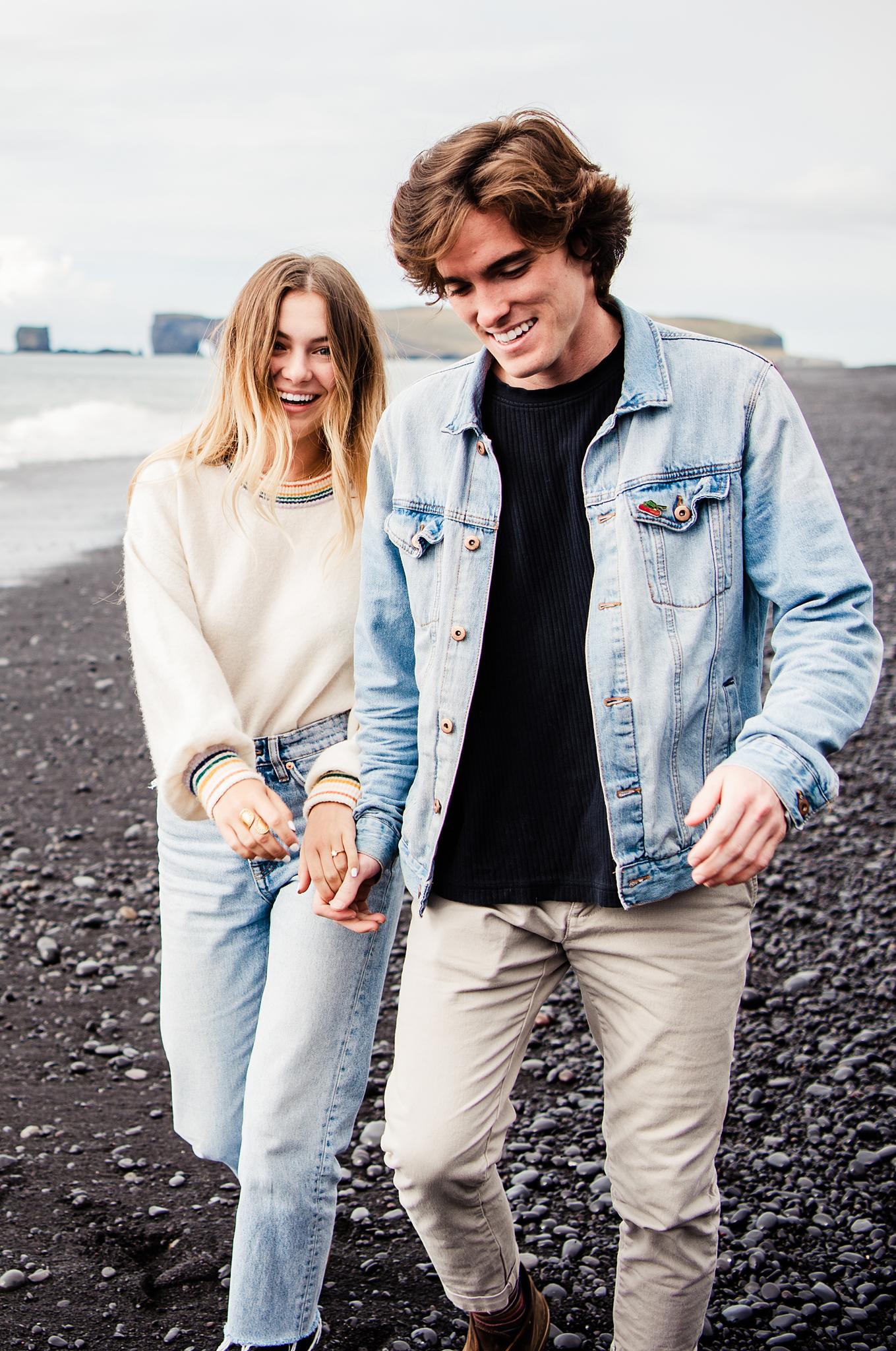 Iceland_Reynisfjara_Black_Sand_Beach_Couples_Session_JILL_STUDIO_Rochester_NY_Photographer_DSC_9695.jpg