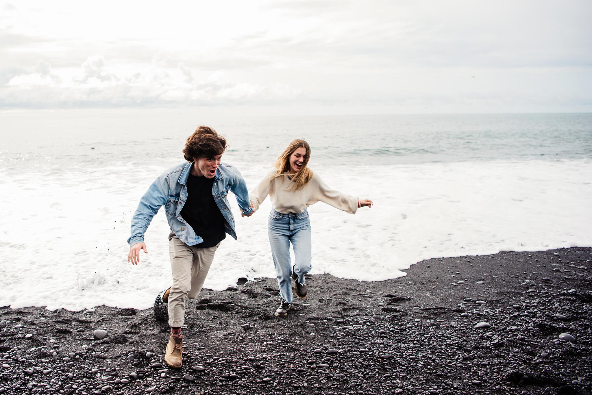 Iceland_Reynisfjara_Black_Sand_Beach_Couples_Session_JILL_STUDIO_Rochester_NY_Photographer_DSC_9713.jpg