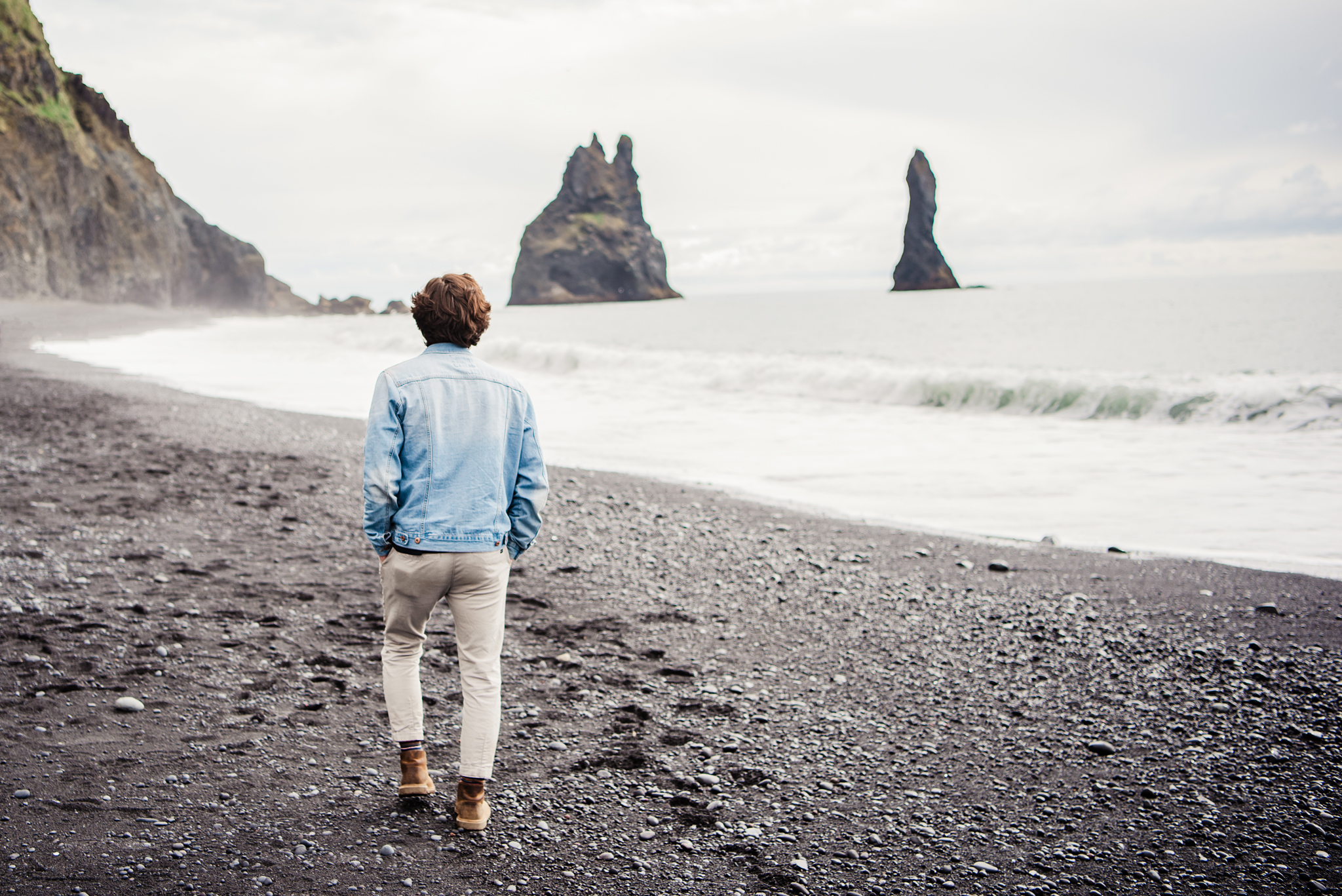 Iceland_Reynisfjara_Black_Sand_Beach_Couples_Session_JILL_STUDIO_Rochester_NY_Photographer_DSC_9723.jpg