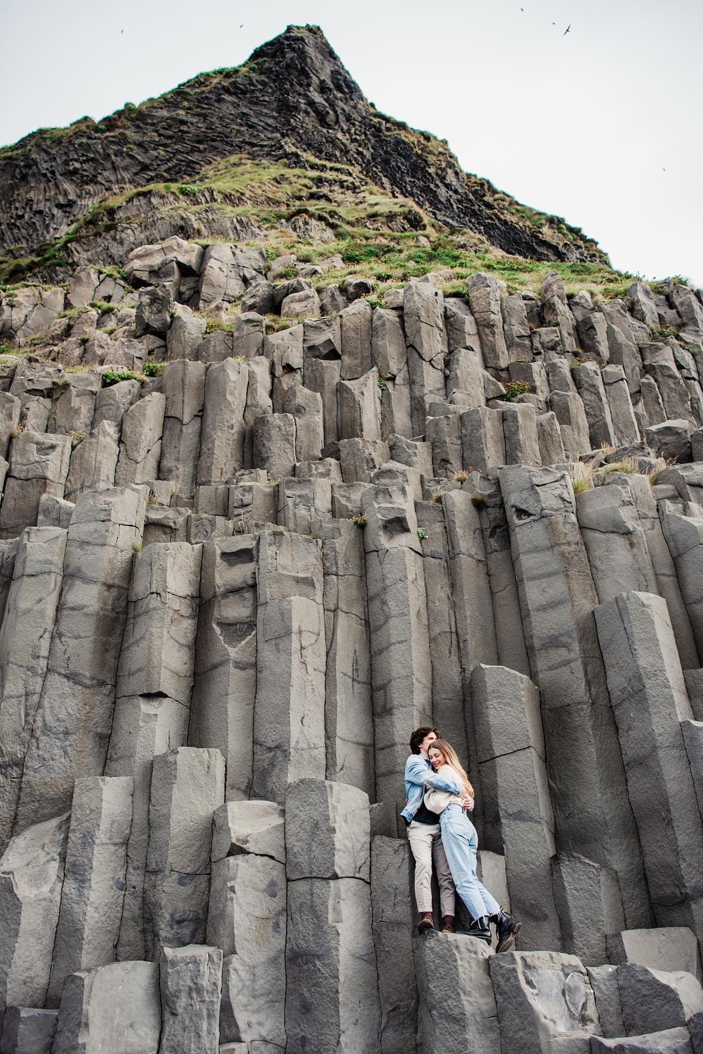 Iceland_Reynisfjara_Black_Sand_Beach_Couples_Session_JILL_STUDIO_Rochester_NY_Photographer_DSC_9754.jpg