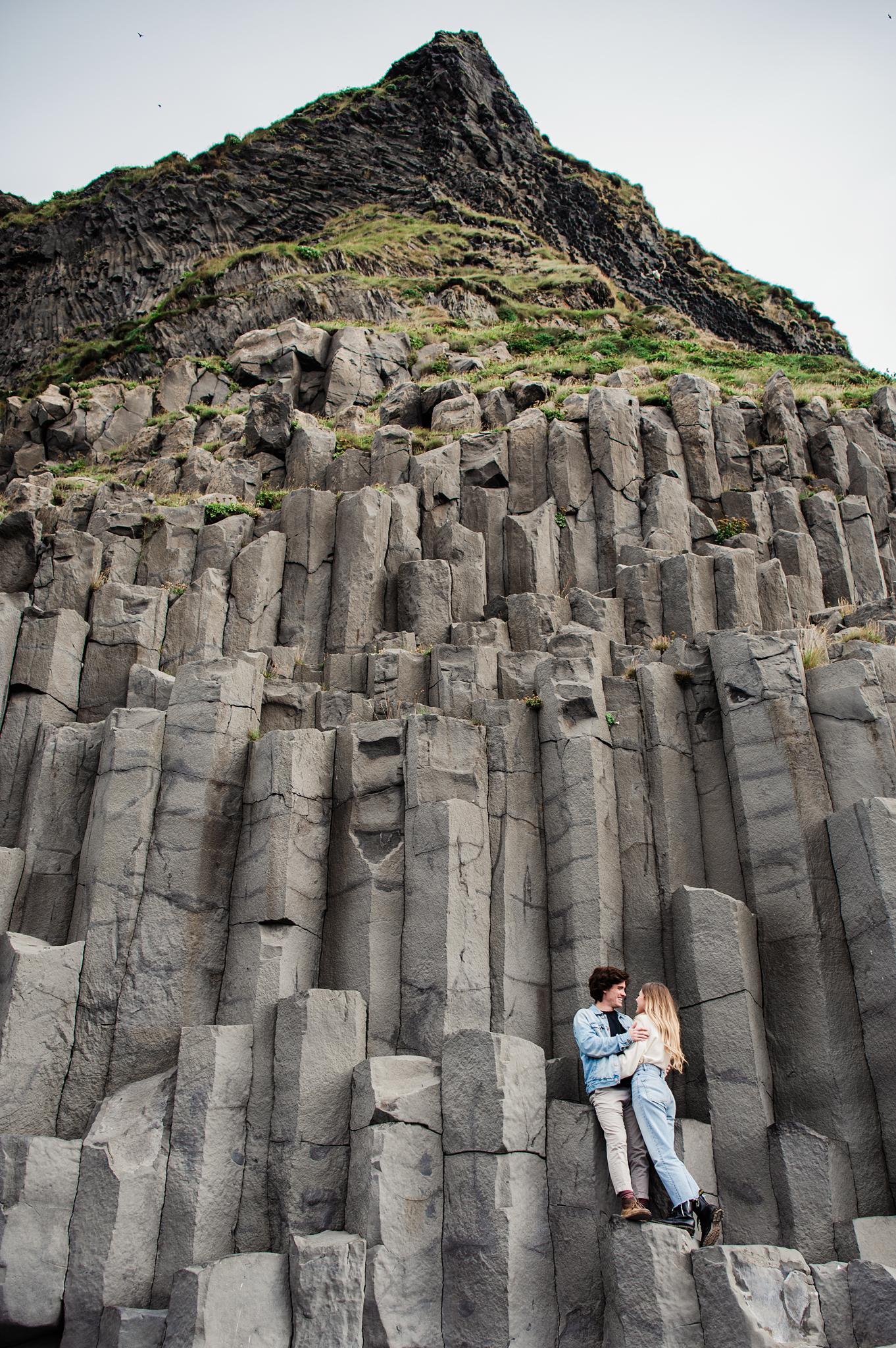 Iceland_Reynisfjara_Black_Sand_Beach_Couples_Session_JILL_STUDIO_Rochester_NY_Photographer_DSC_9758.jpg