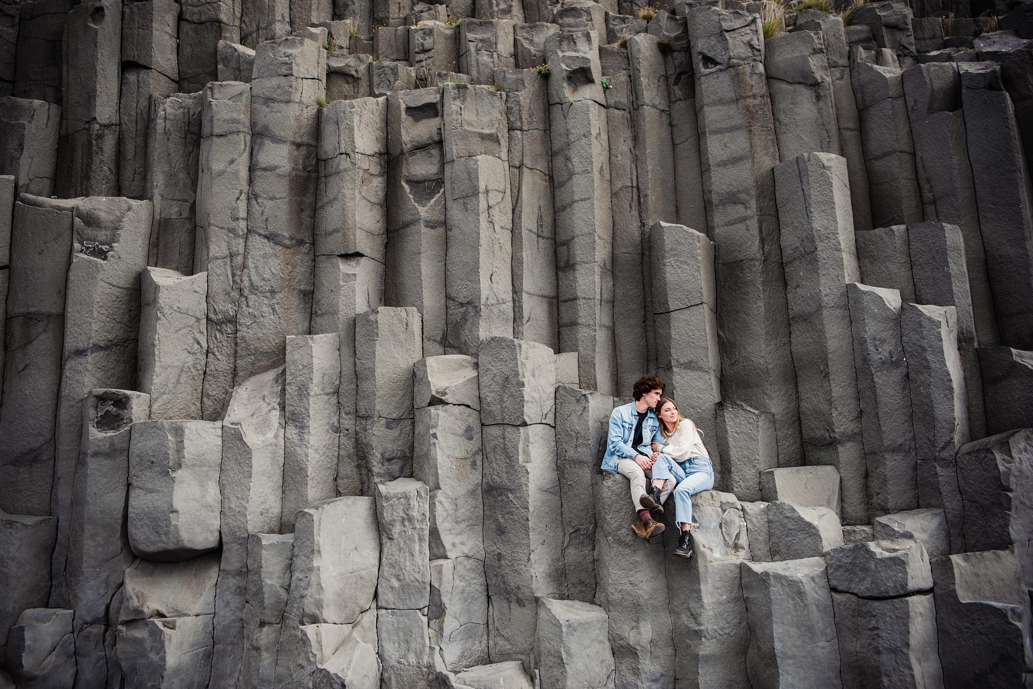 Iceland_Reynisfjara_Black_Sand_Beach_Couples_Session_JILL_STUDIO_Rochester_NY_Photographer_DSC_9762.jpg